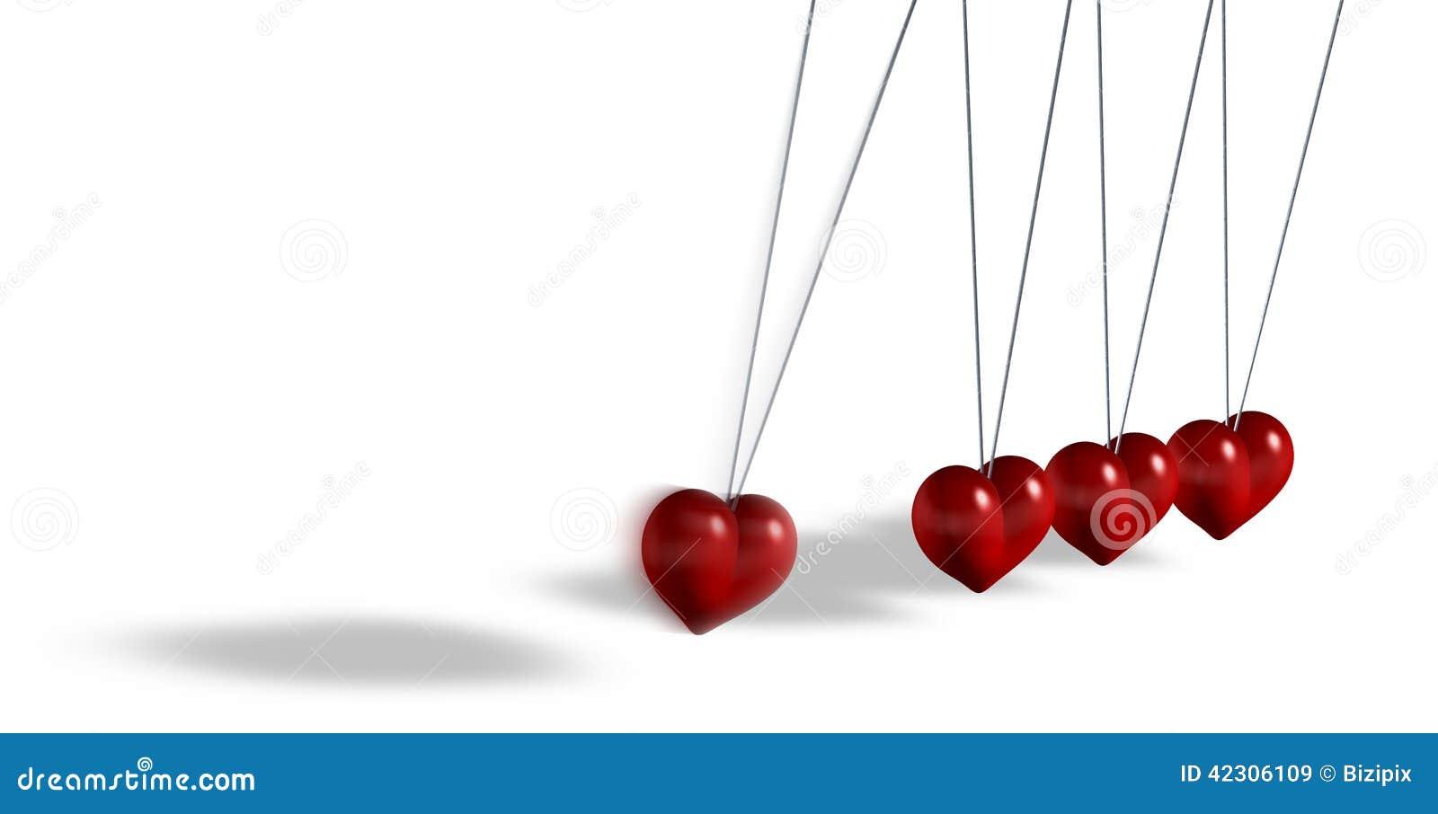 Brinquedo cinético com objetos dados forma coração