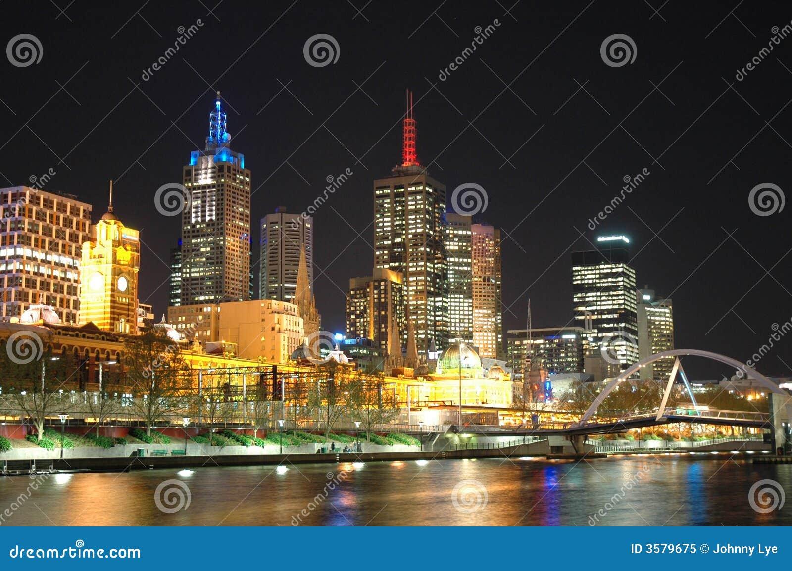 Php date online in Brisbane