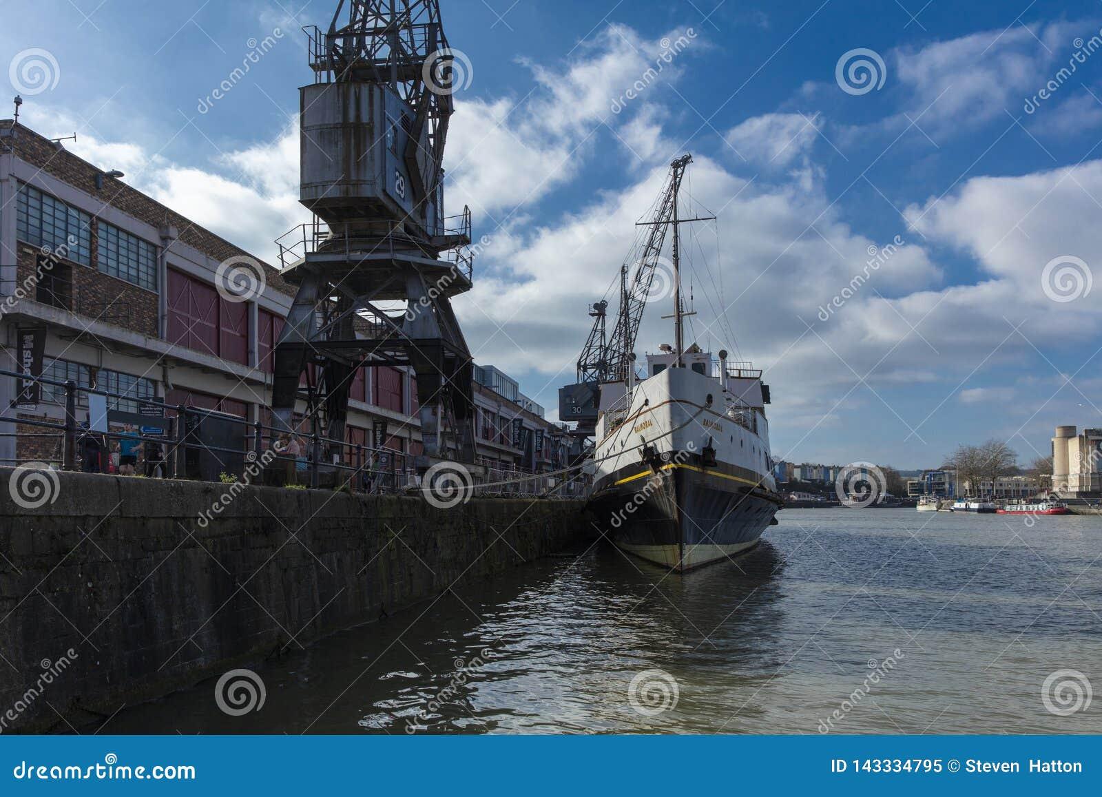 Bristol Förenade kungariket, Februari 23rd 2019, skepp för millivolt Balmoral på M Shed Museum på den Wapping hamnplatsen