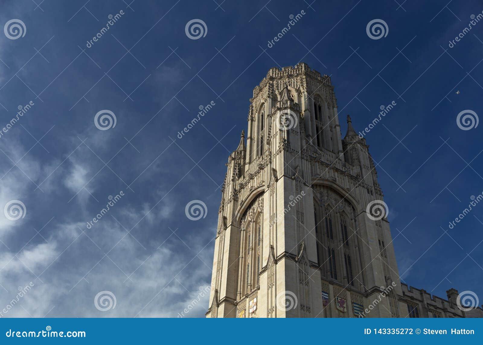 Bristol, Reino Unido, el 21 de febrero de 2019, quiere la torre constructiva conmemorativa en la universidad de Bristol