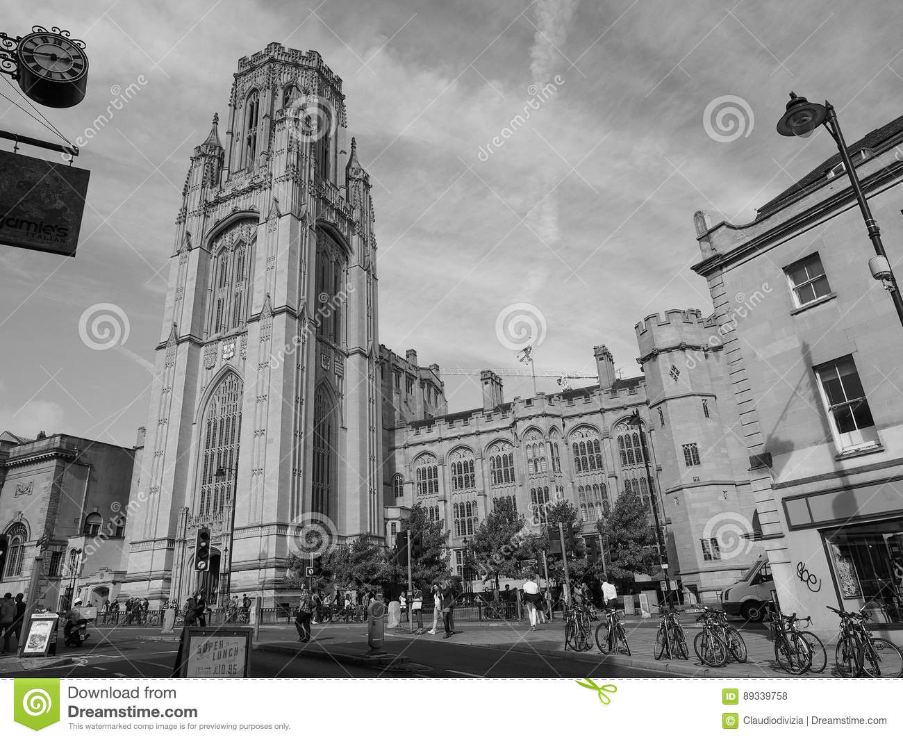 Bristol University Wills Memorial i Bristol i svartvitt