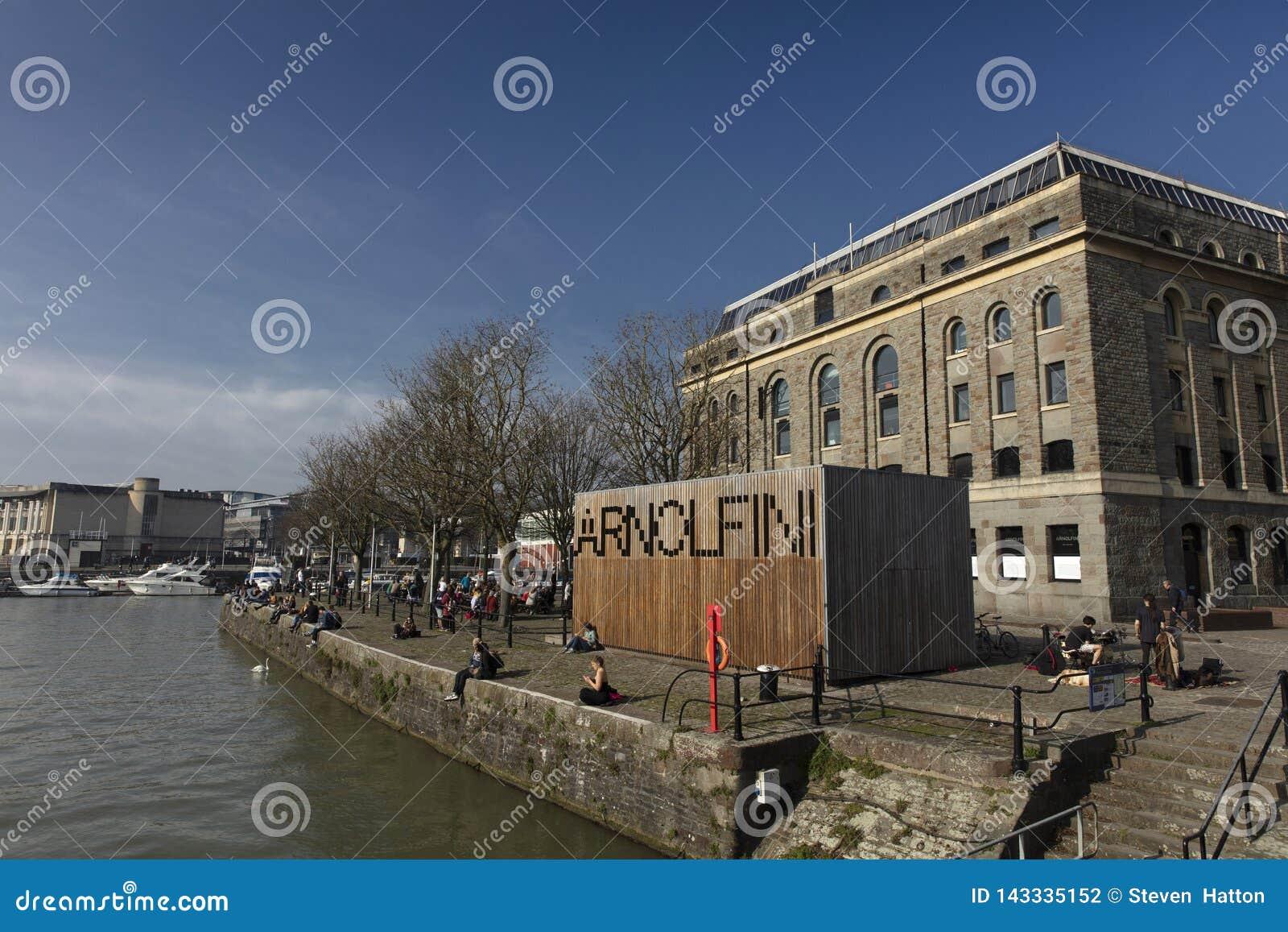 Bristol, Zlany Kingdrom, 23rd 2019 Luty, Arnolfini Centre dla dzisiejszych ustaw w Bristol