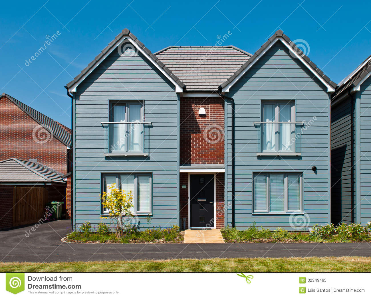 British house royalty free stock photo image 32349495 for Residential house styles