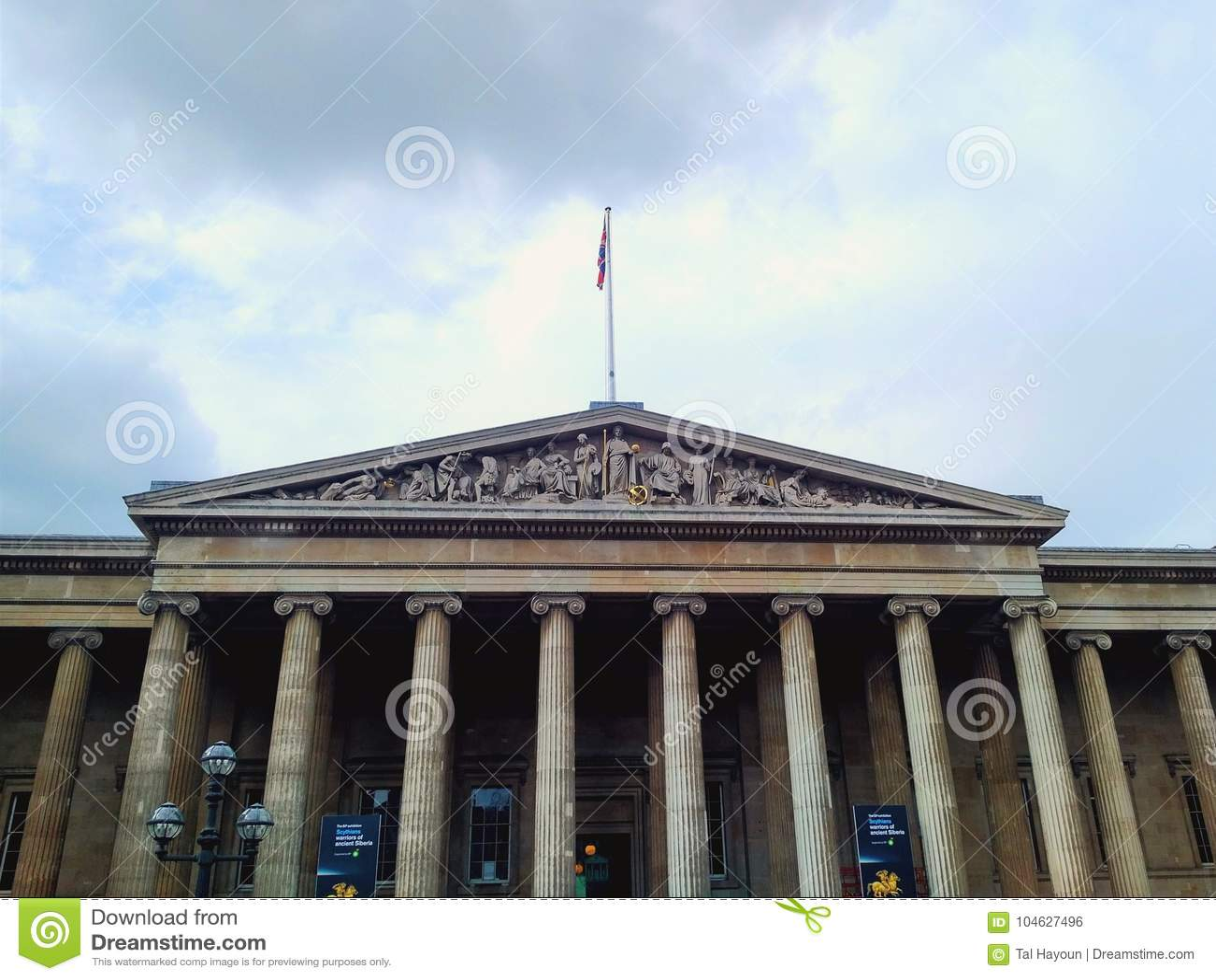 Download British Museum, Londen, Het UK Redactionele Foto - Afbeelding bestaande uit menselijk, stad: 104627496