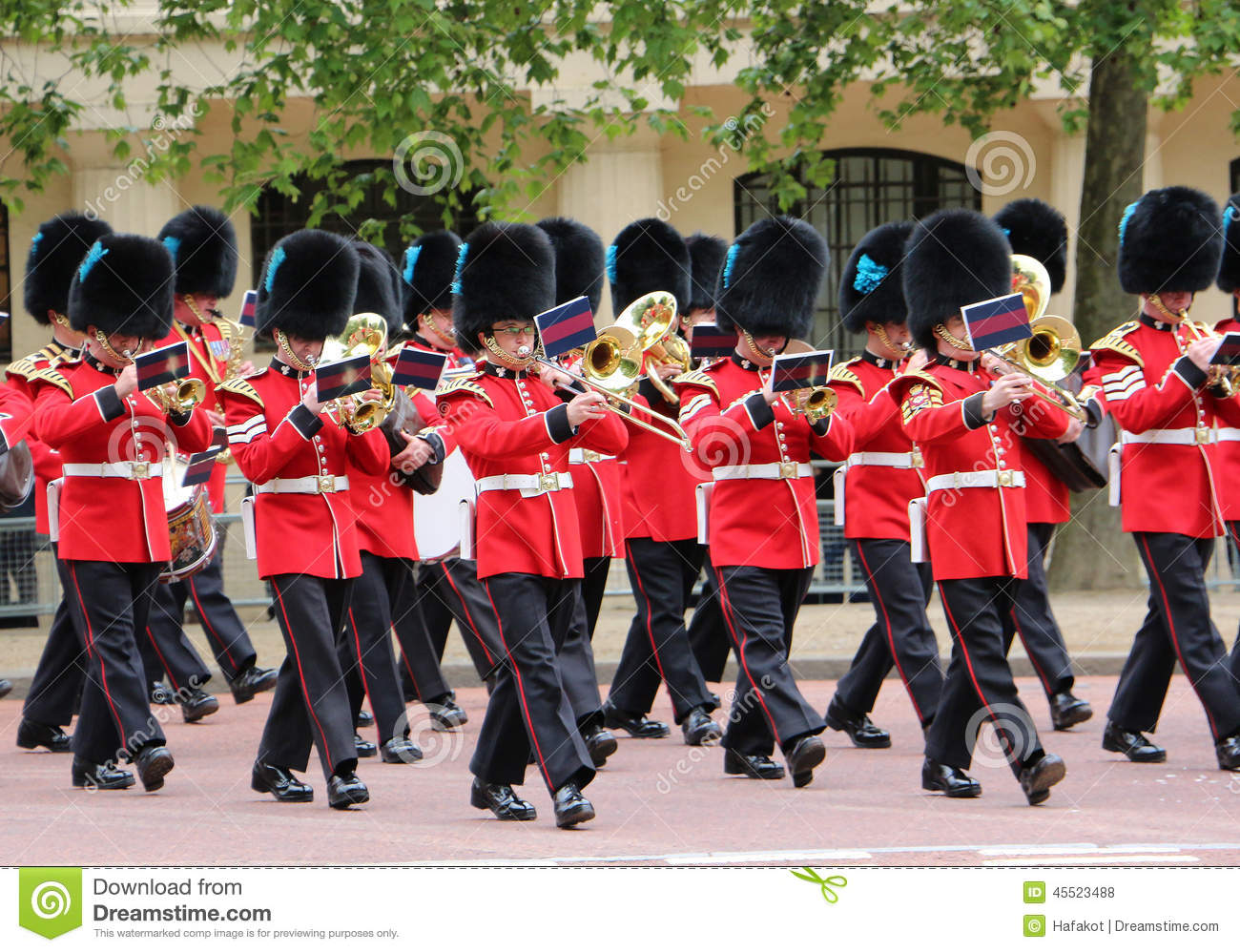 British Queen Guards Marching Band Editorial Stock Photo ...