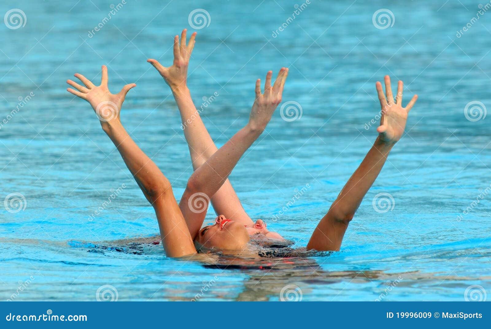 British synchro swimmers