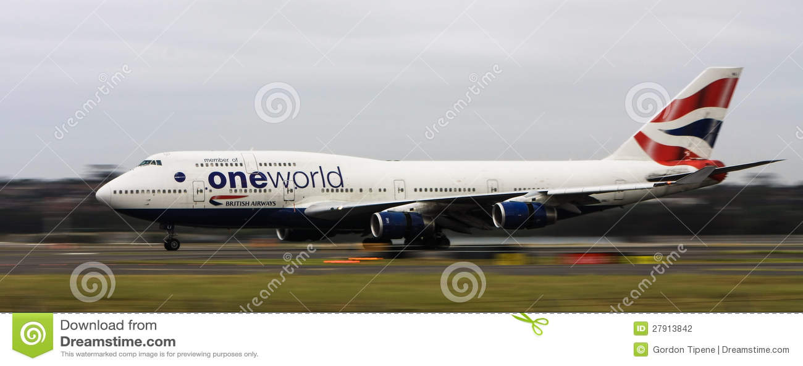 Britse luchtroutesBoeing747 straal op baan