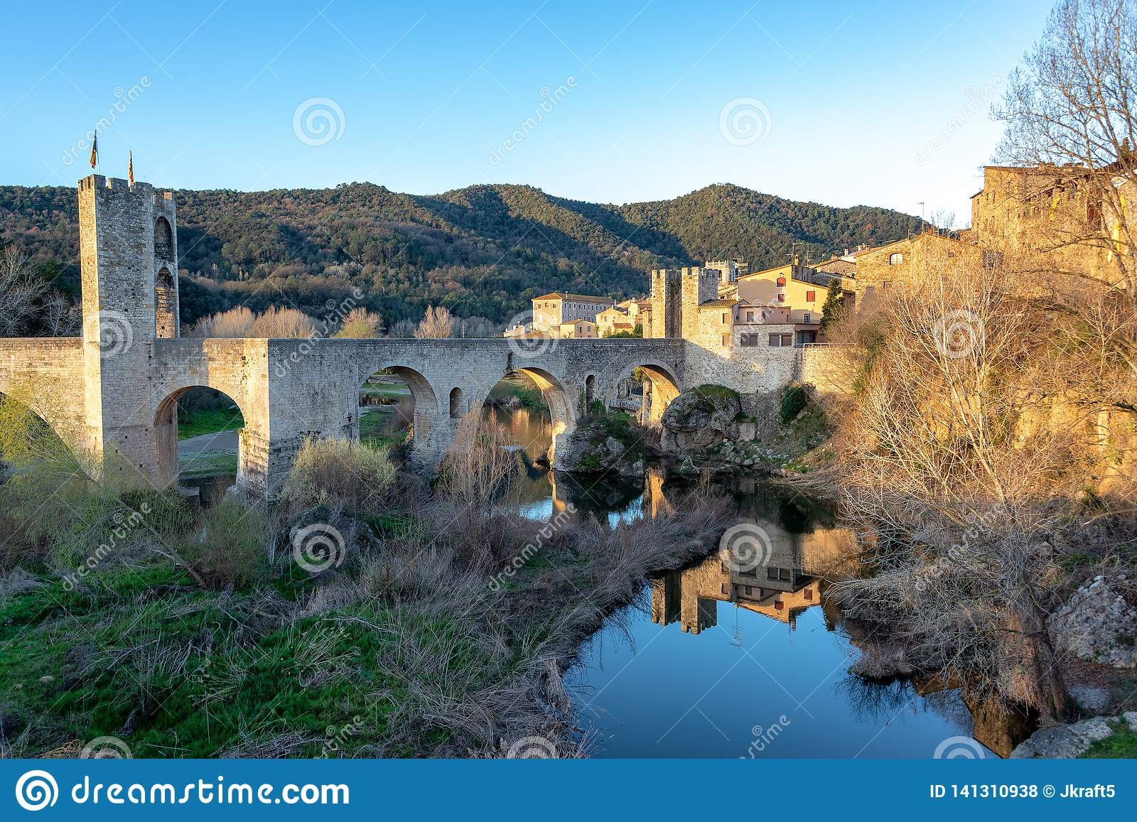 Bro av den Besalu sikten