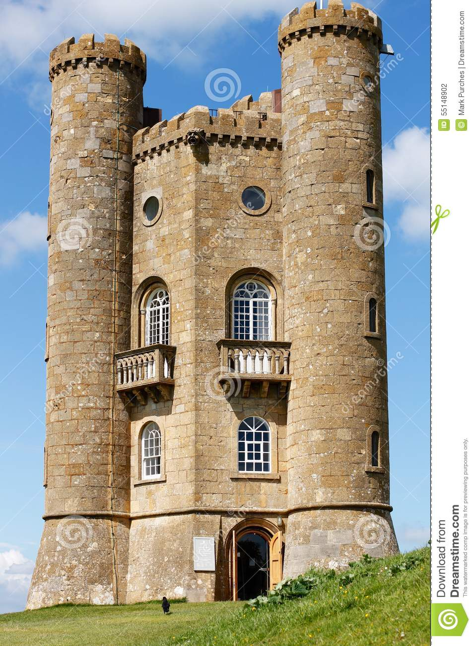 Broadway tower folly in cotswolds england stock photo for Small houses that look like castles