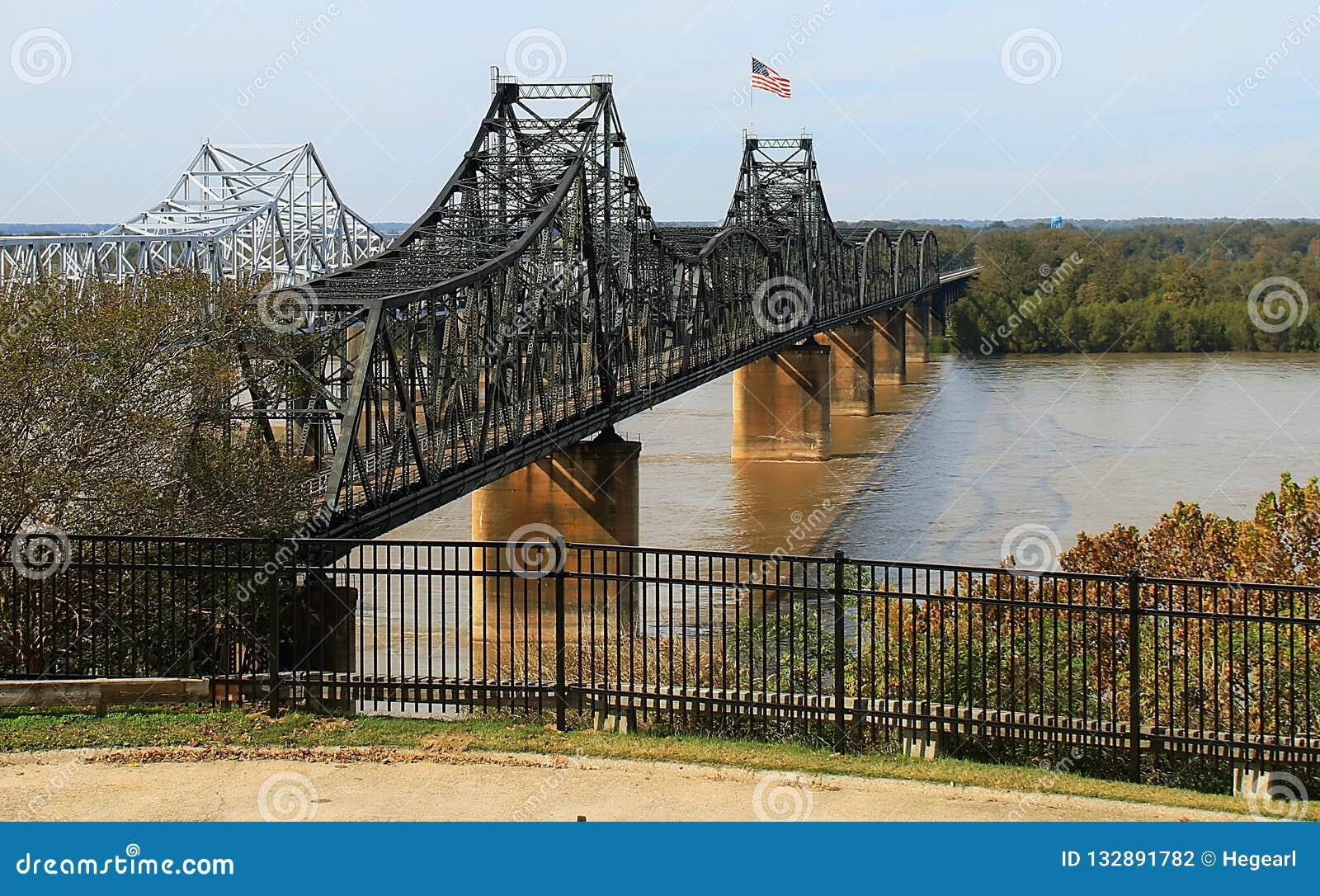 Broar över Mississippiet River på Vicksburg