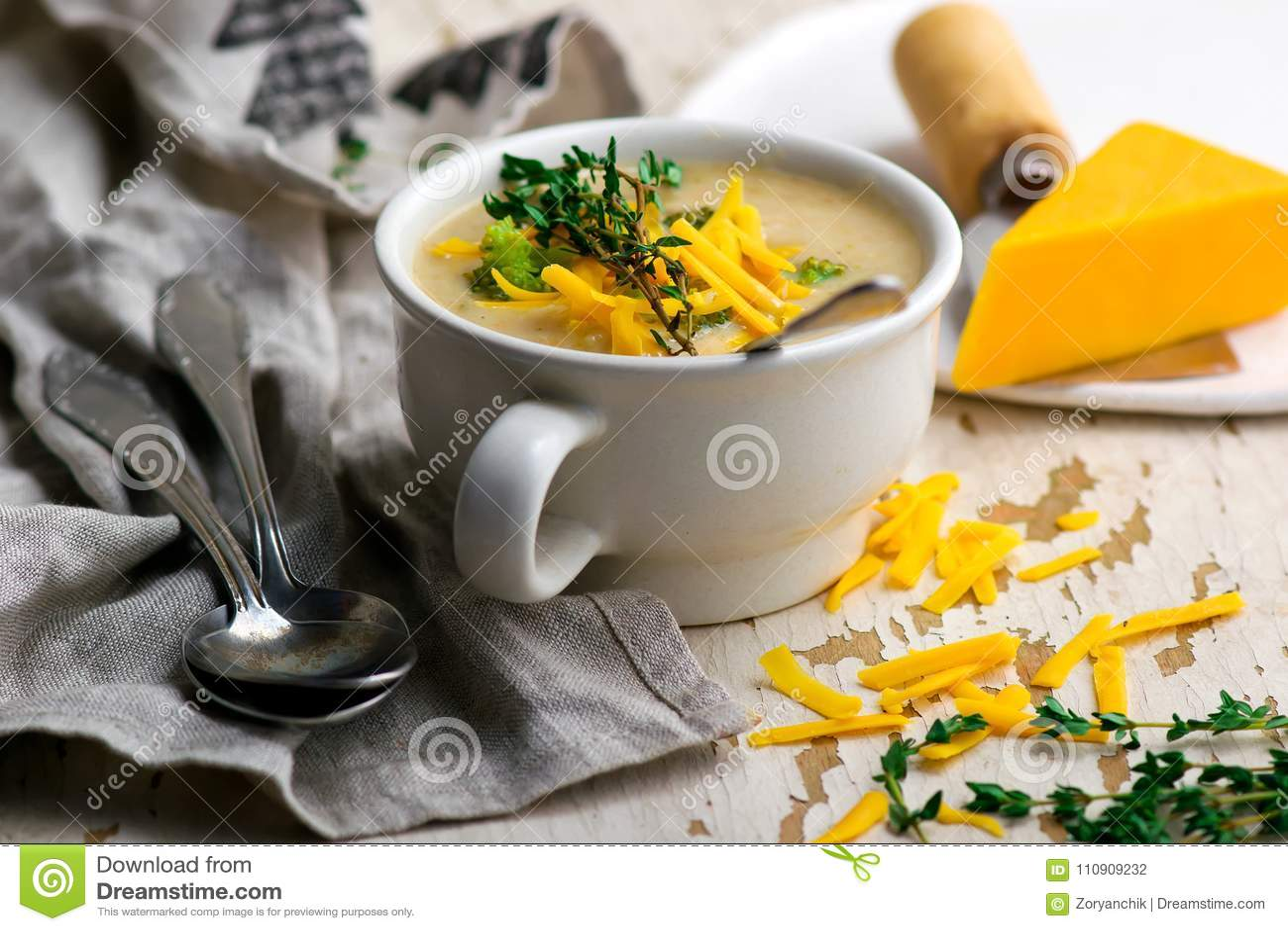 Broccoli cheddar chicken and dumpling soup