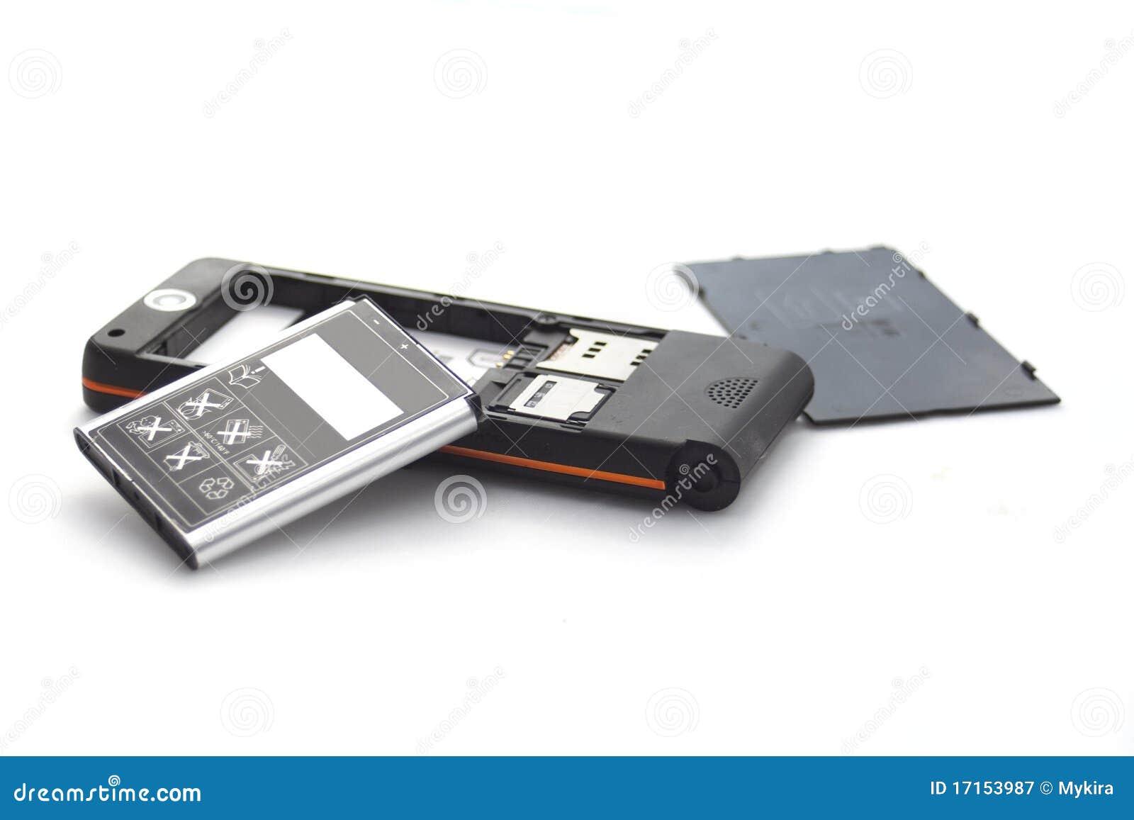 Brocken Handy getrennt auf Weiß