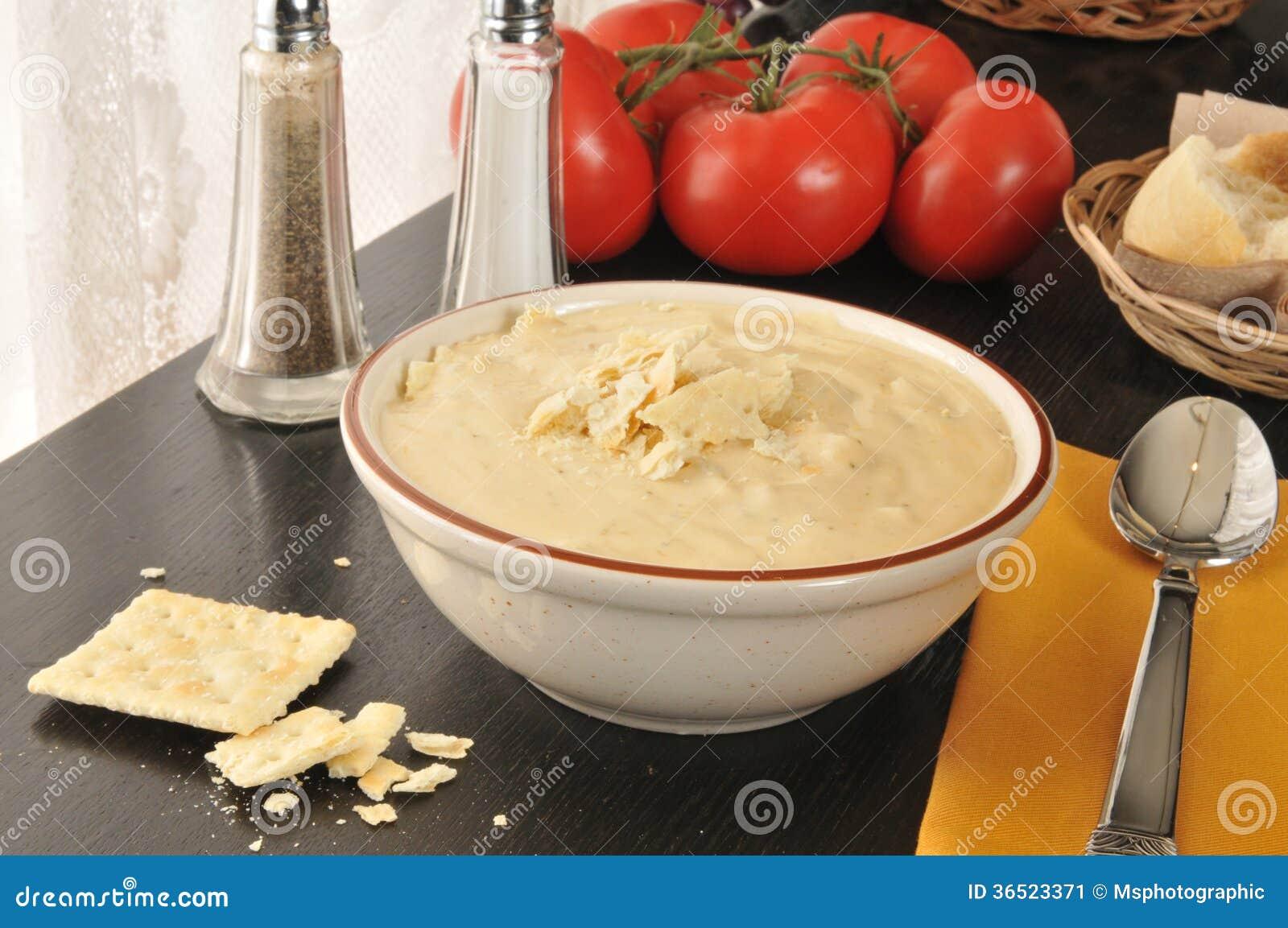 Brocoli, pomme de terre, ragout de fromage