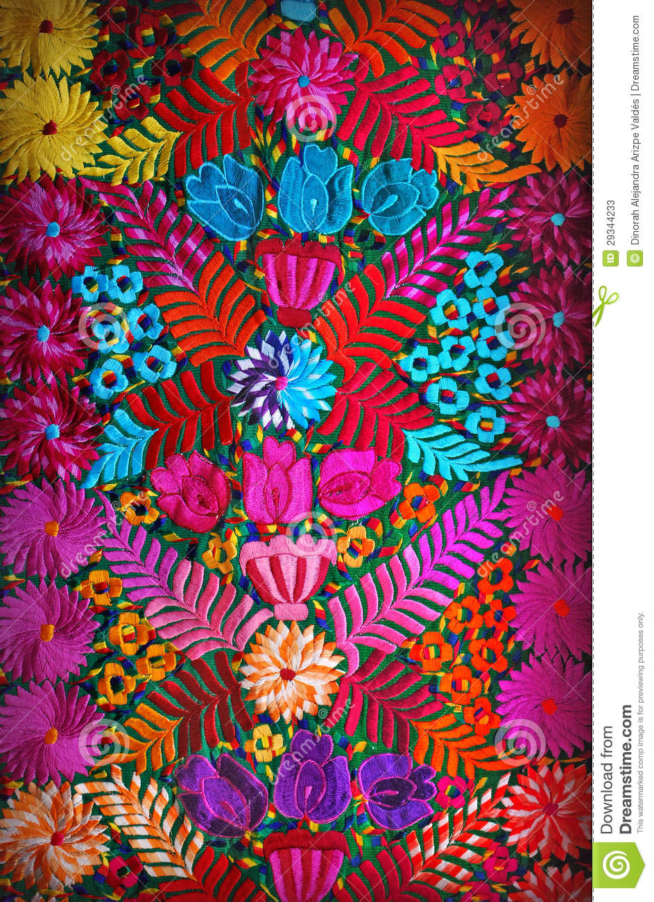 Broderie florale mexicaine