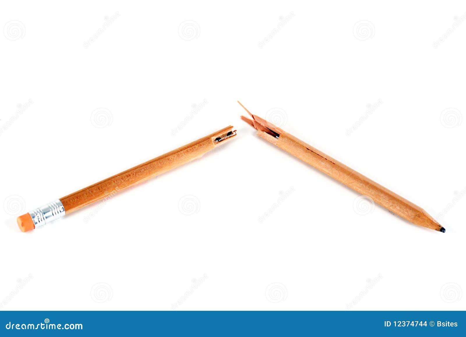 Broken blyertspenna