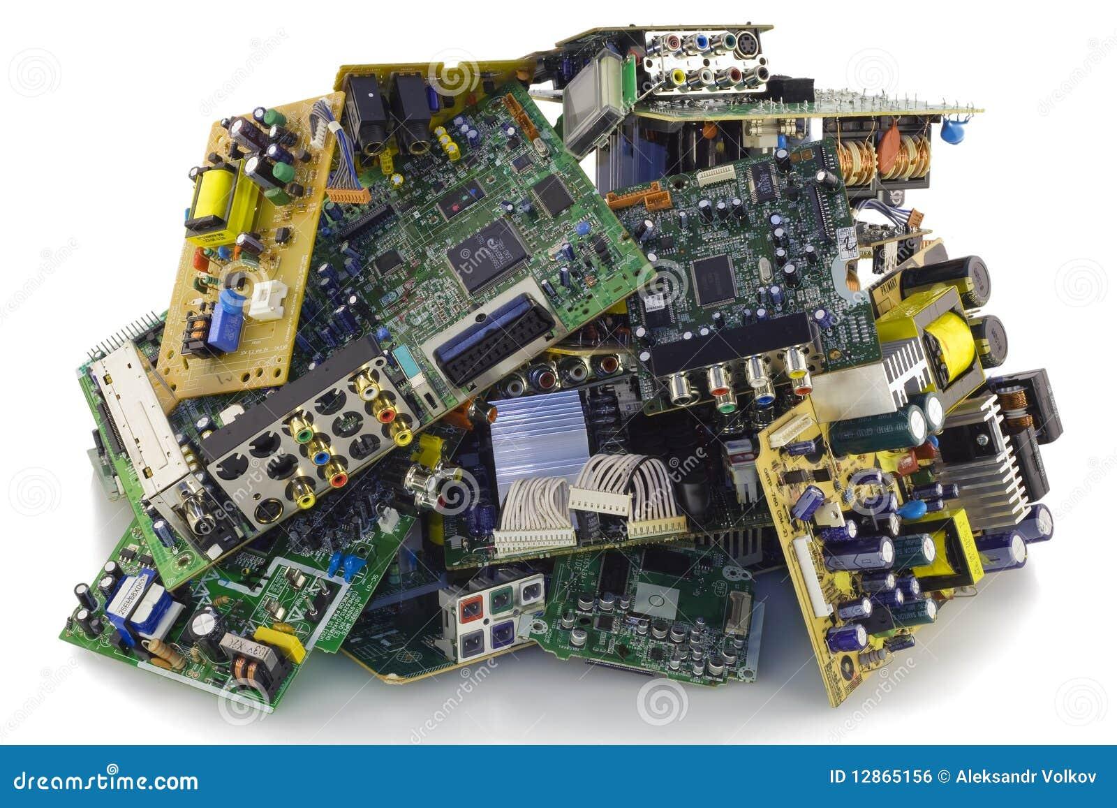 Smash My VCR 3 | Smashed a Toshiba VCR | TechnoSlayer | Flickr