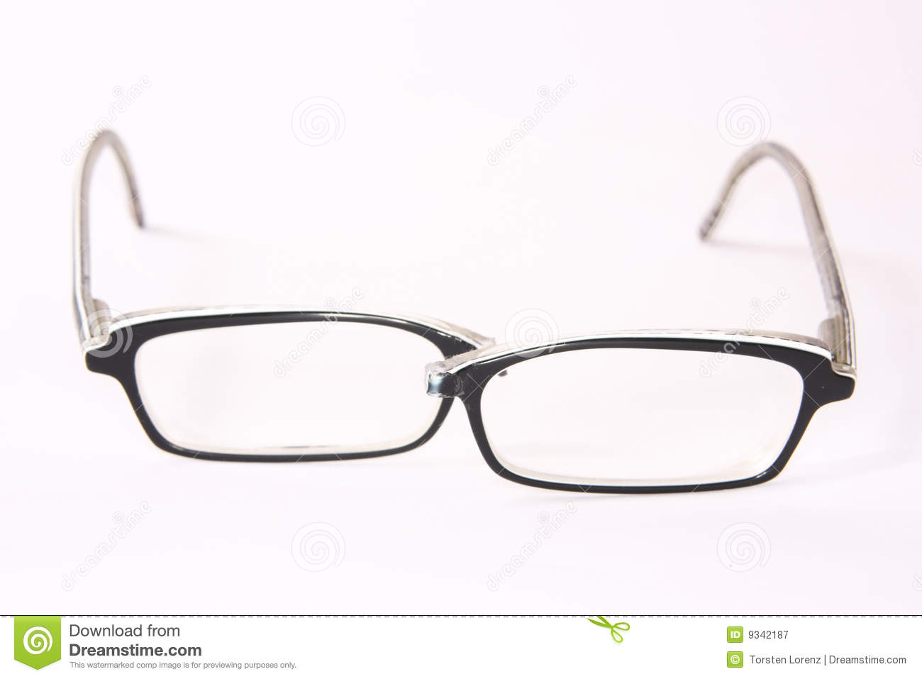 Can Broken Glasses Frames Be Repaired : Broken Eyeglasses Royalty Free Stock Photography - Image ...