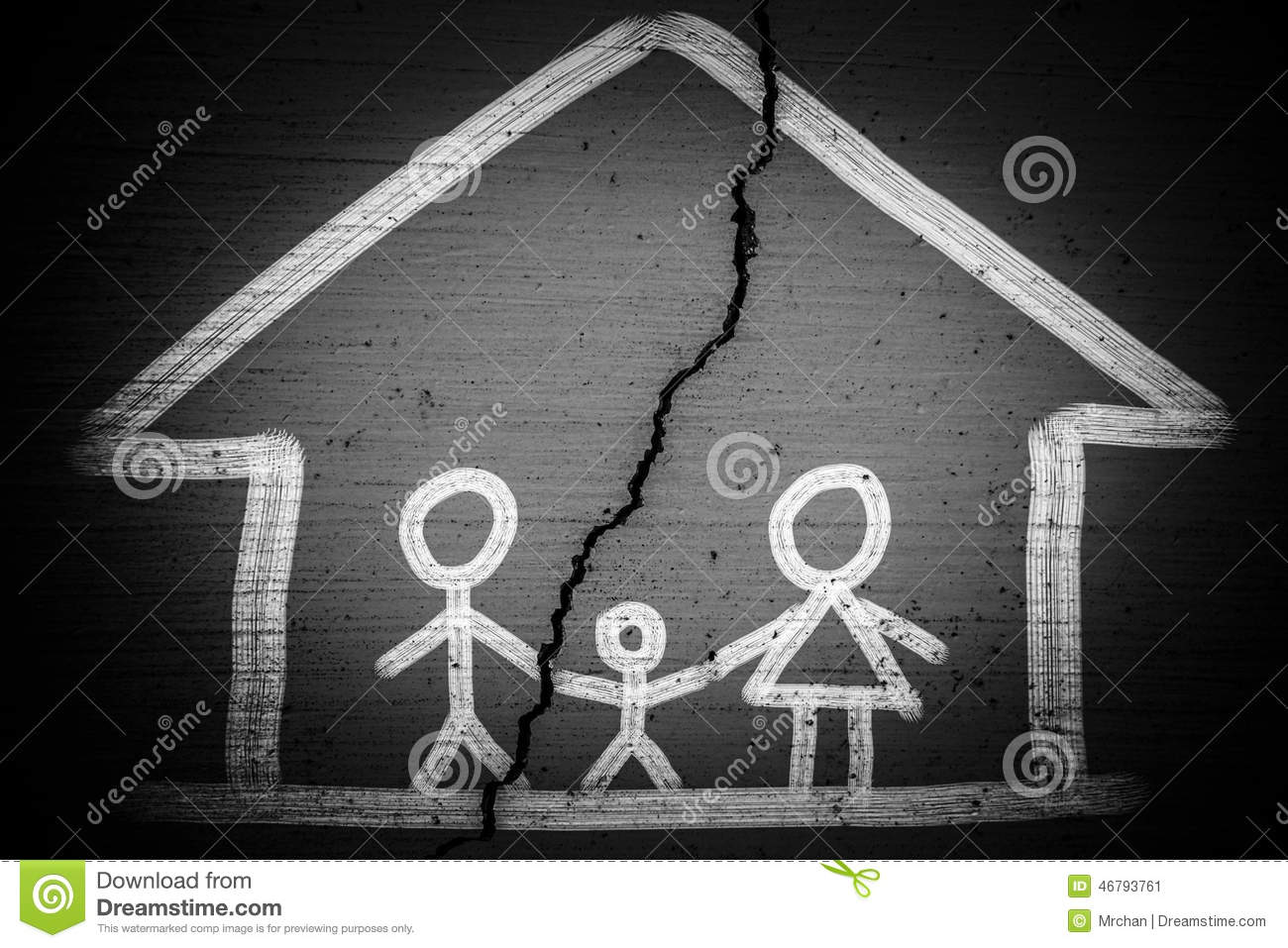 family picture with a crack which means Broken Family Concept.