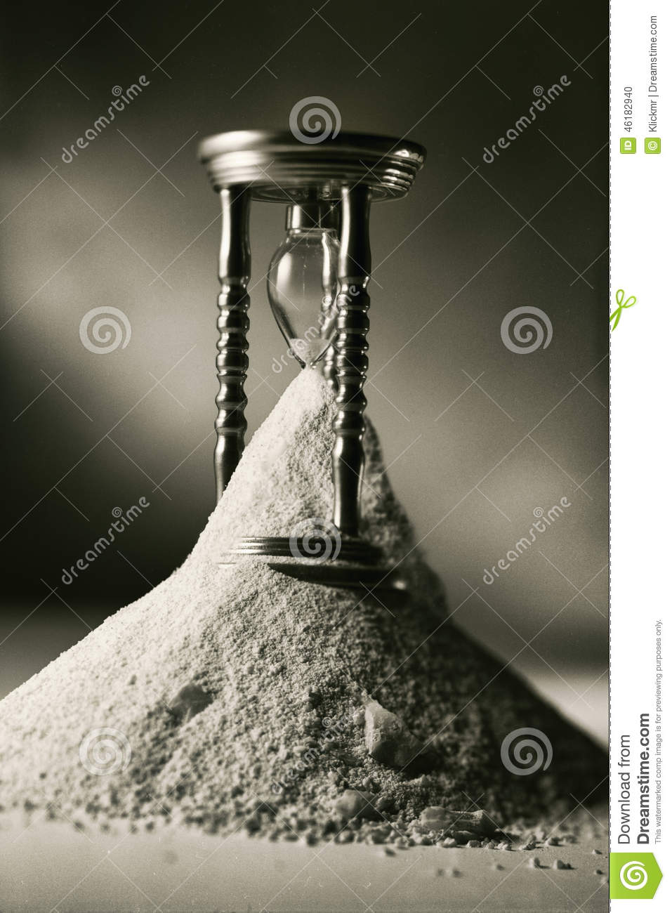 Broken hourglass  Broken Hourglass Stock Photo - Image: 46182940