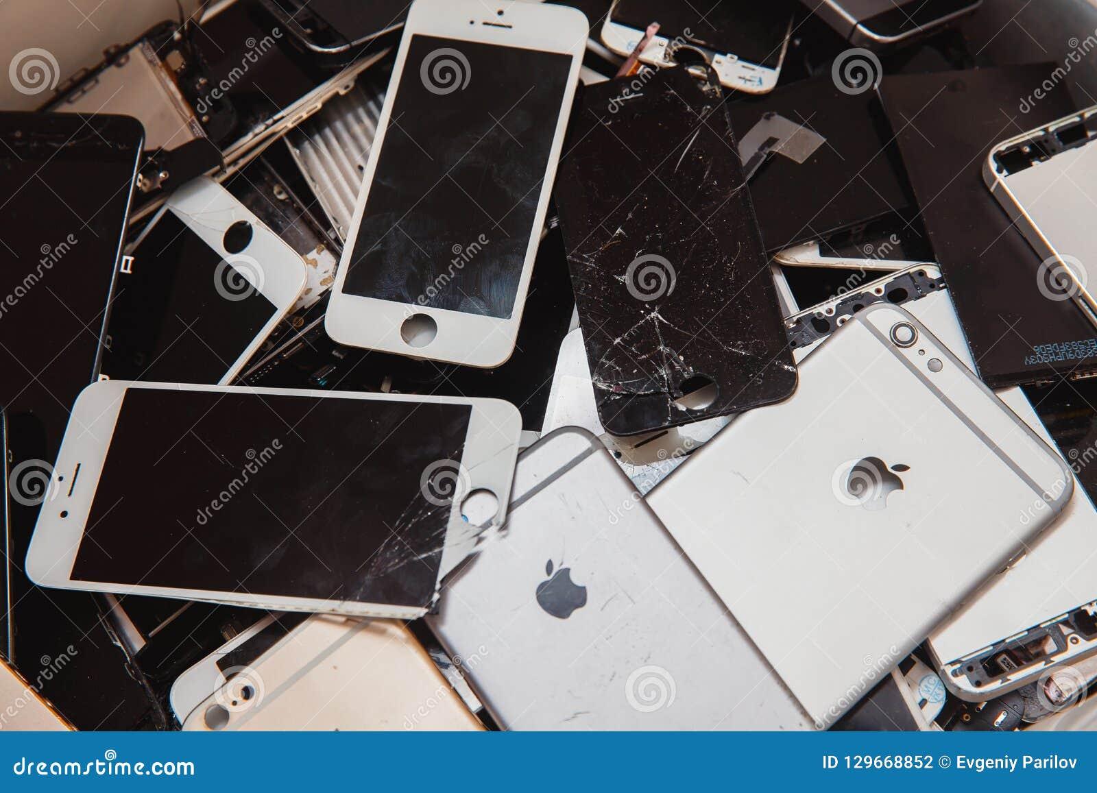 Broken panels and screens of iPhone