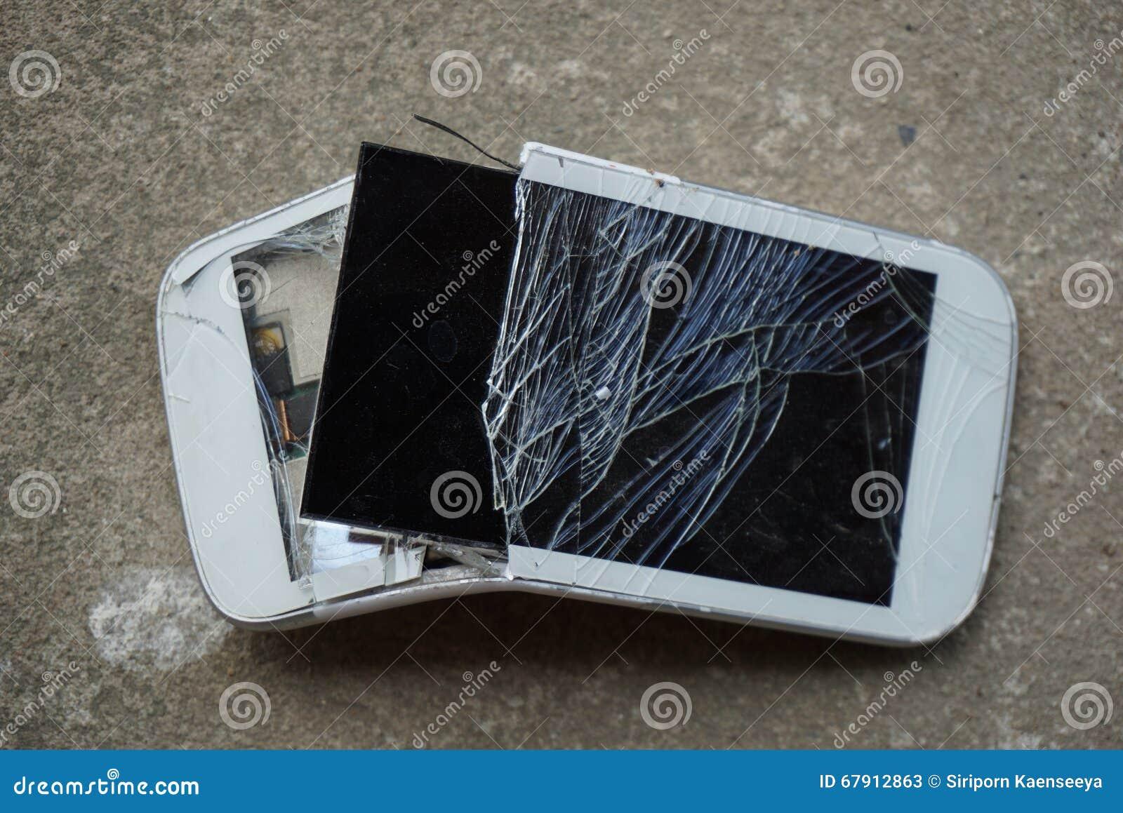 broken screen cellphone