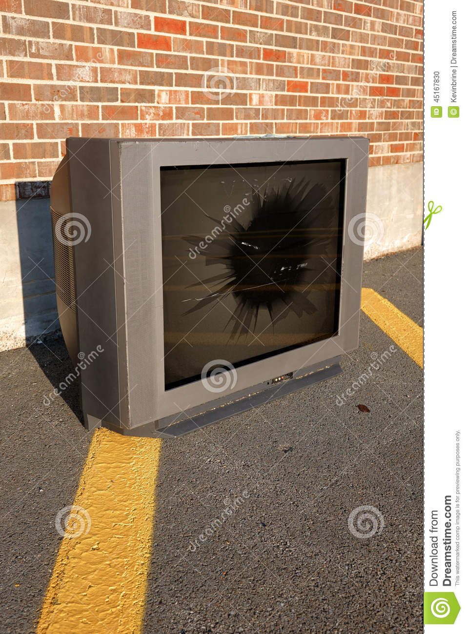 Broken Tv Stock Photo Image 45167830