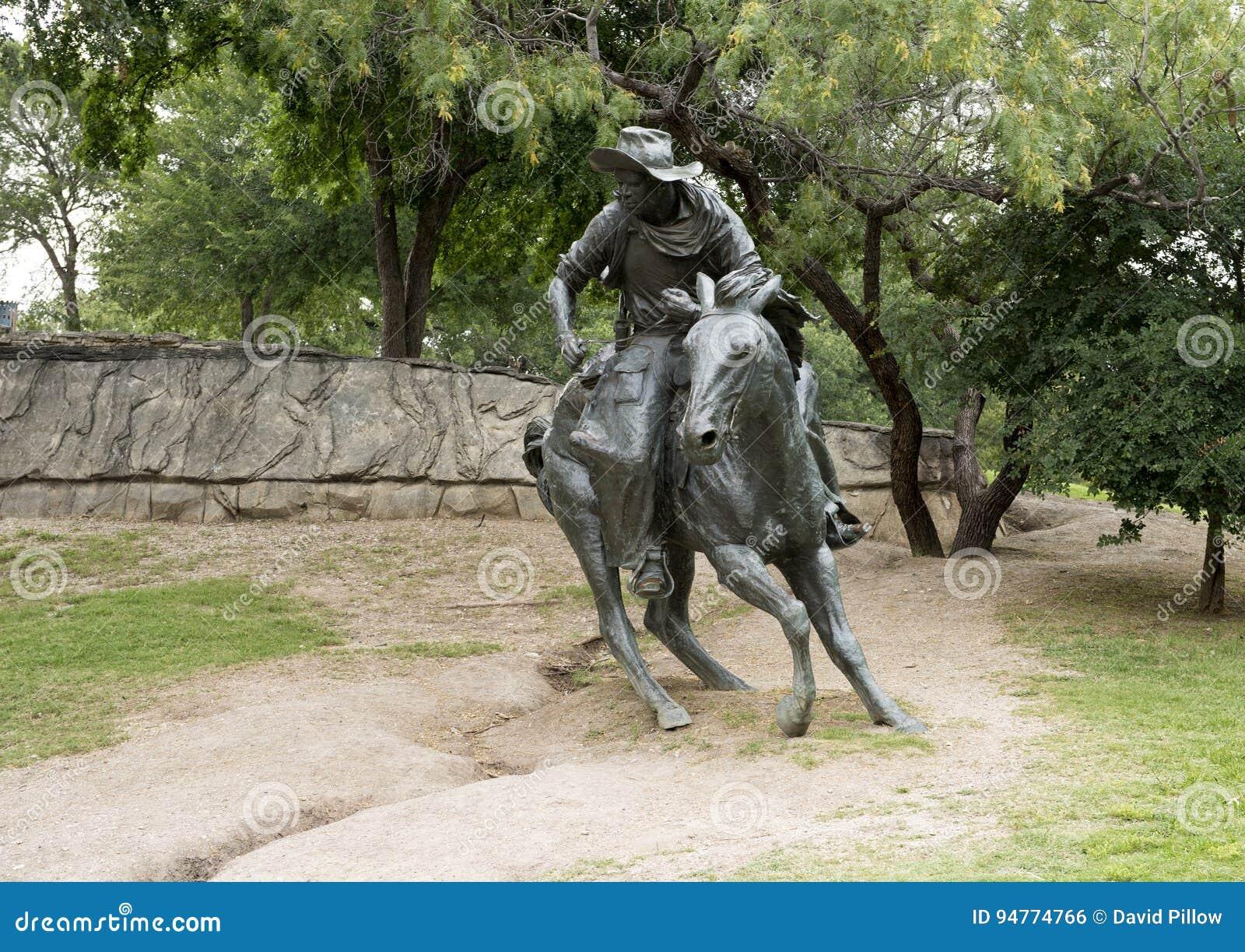 Bronze Cowboy on Horse Sculpture, Pioneer Plaza, Dallas