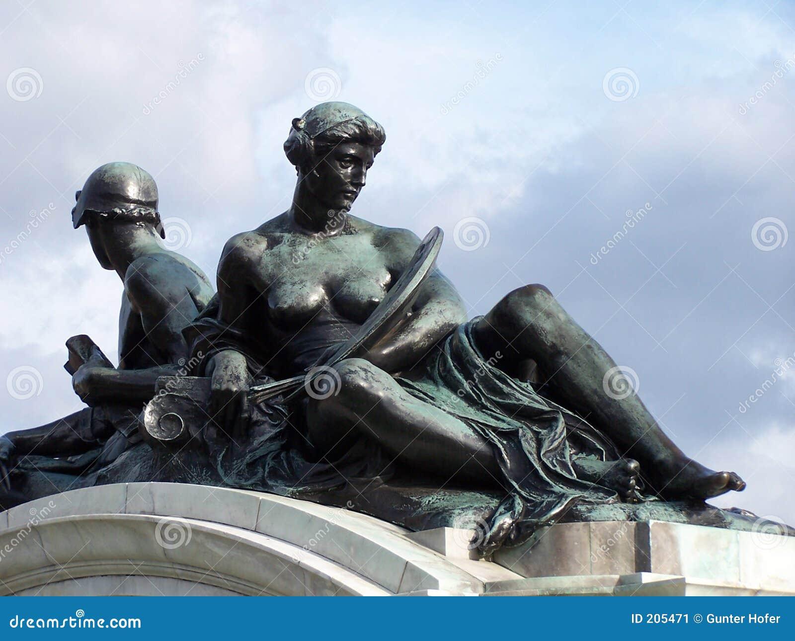 Bronze statyer