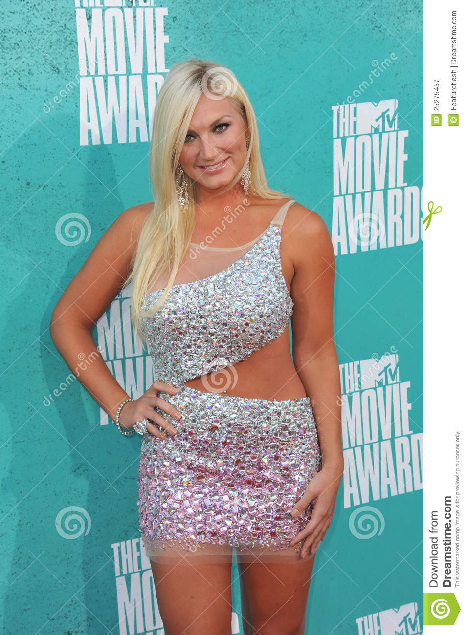 who is brooke hogan dating 2012 Brooke hogan splits with soon-to-be husband amid news hulk hogan was also the same person who previously stated that he was not a fan of brooke's black boyfriend.