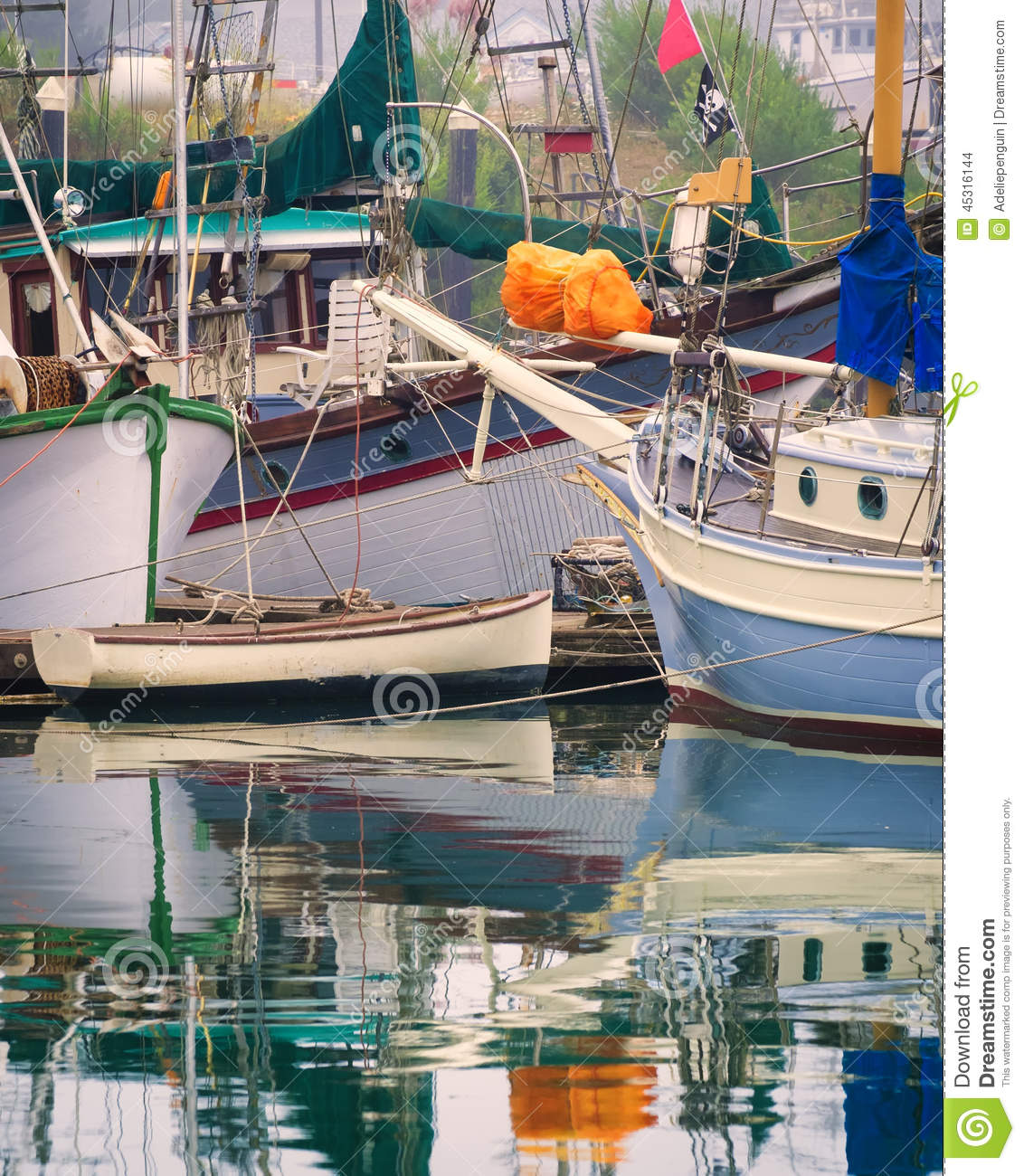 Brookings harbor oregon stock photo image 45316144 for Fishing brookings oregon