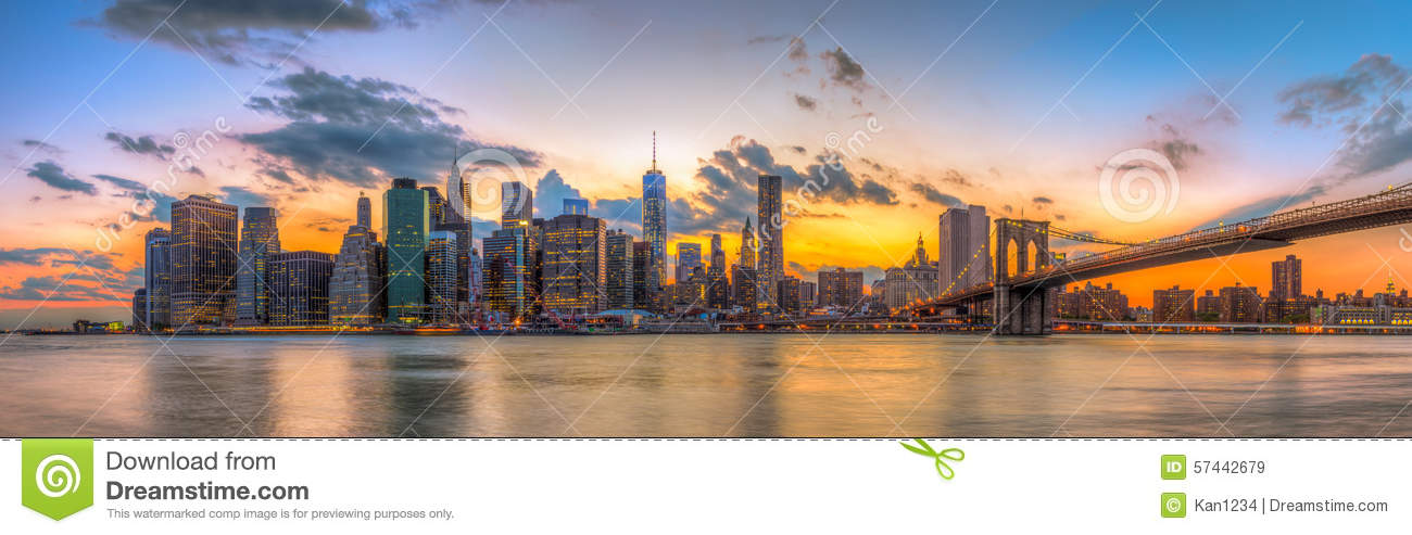 Brooklyn bridge and downtown new york city in beautiful for New york city beautiful