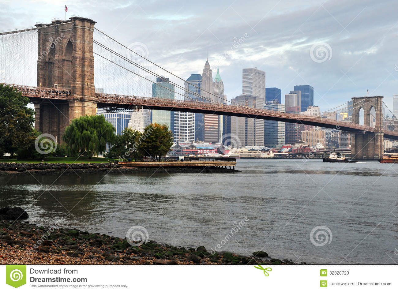 brooklyn bridge in manhattan new york editorial image image 32820720. Black Bedroom Furniture Sets. Home Design Ideas