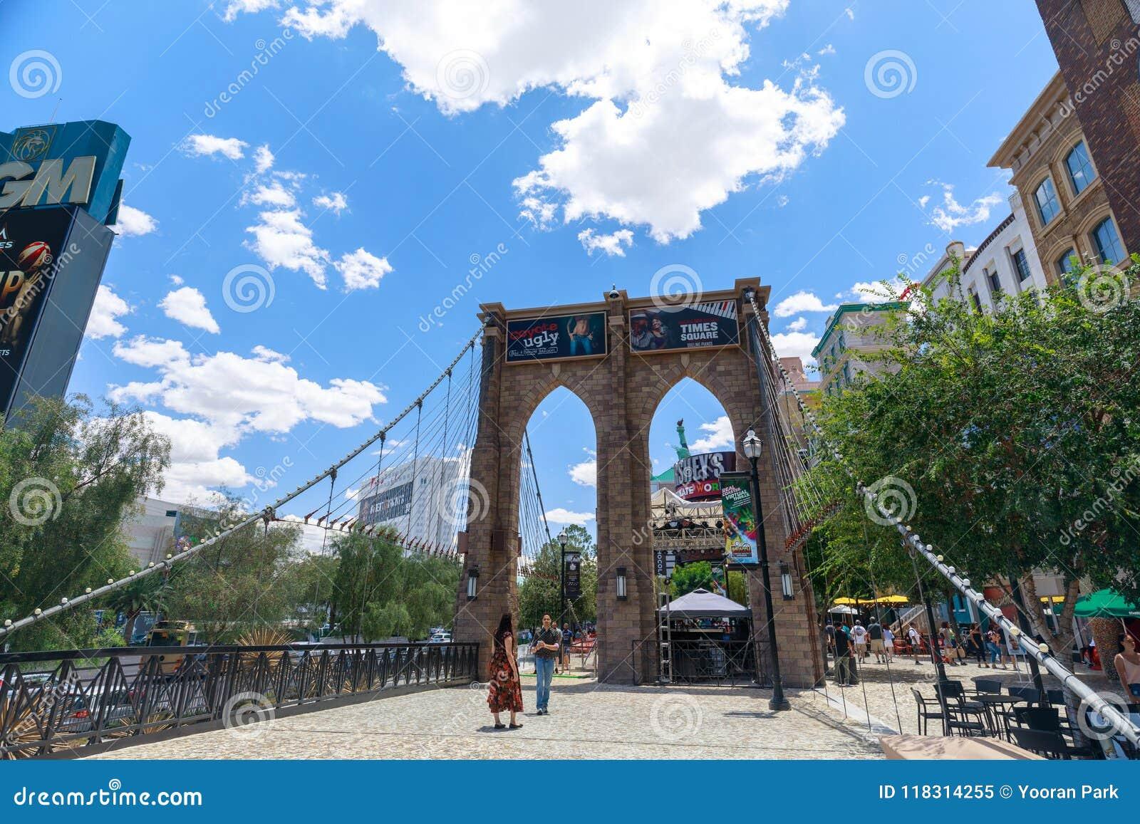 Brooklyn Bridge New York New York Hotel And Casino Las Vegas Strip