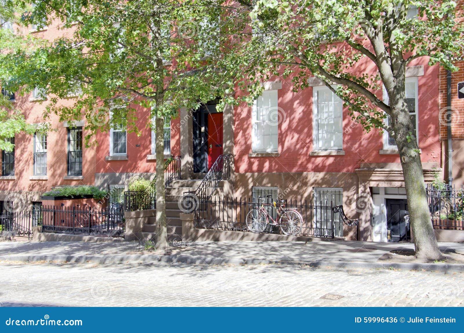 Red Granite New York : Brooklyn street stock photo image