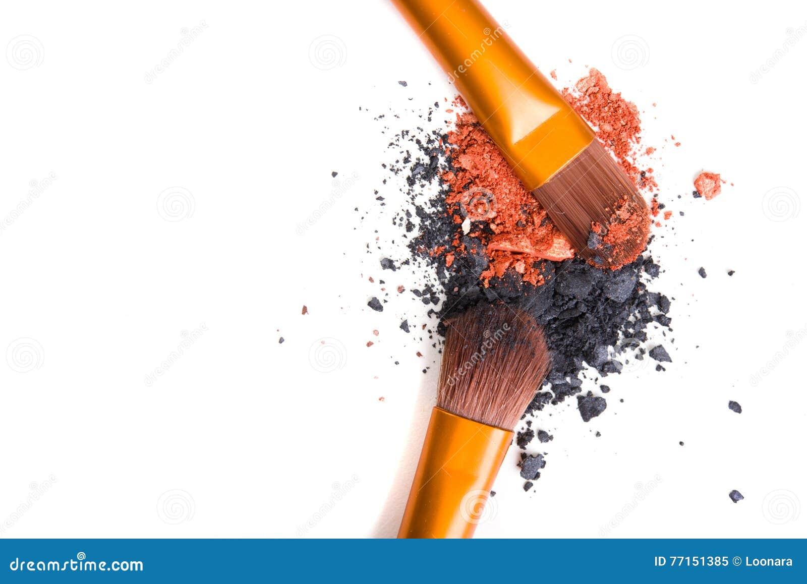 Brosse de lecture professionnelle de maquillage et isolant lâche de fards à paupières de poudre
