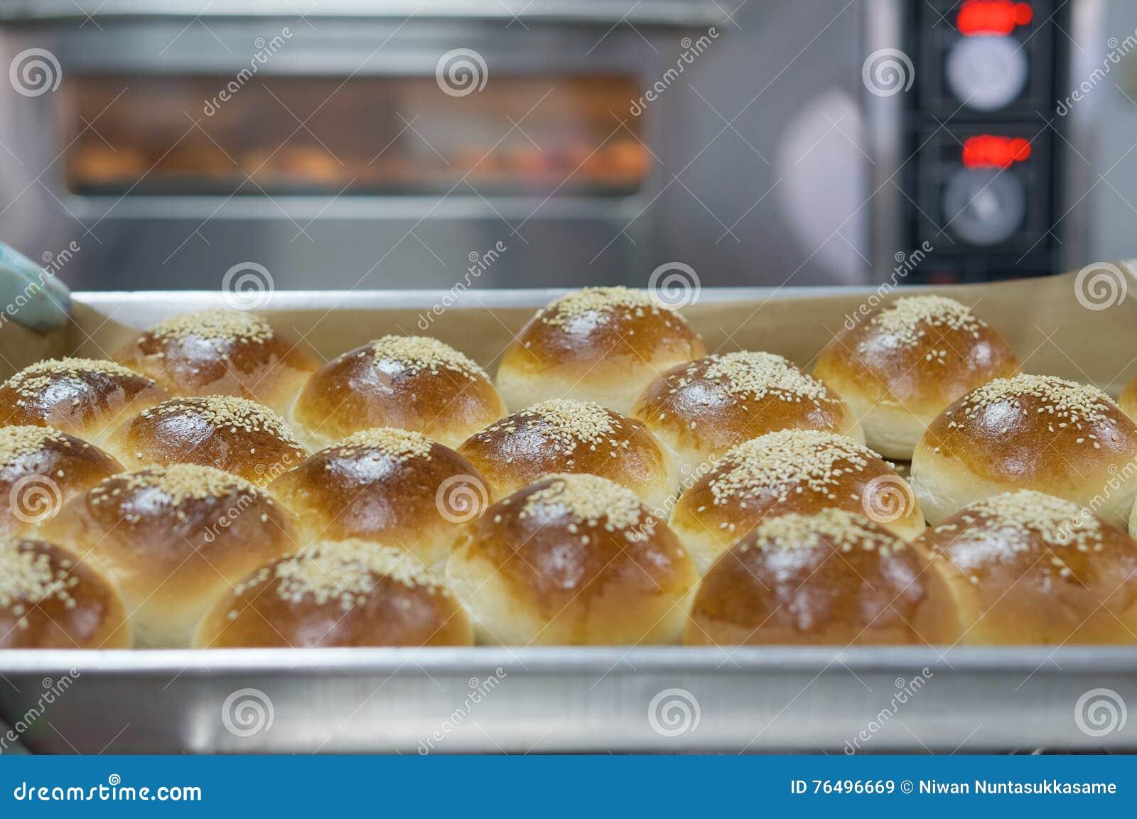 Brot auf die Oberseite mit indischem Sesam
