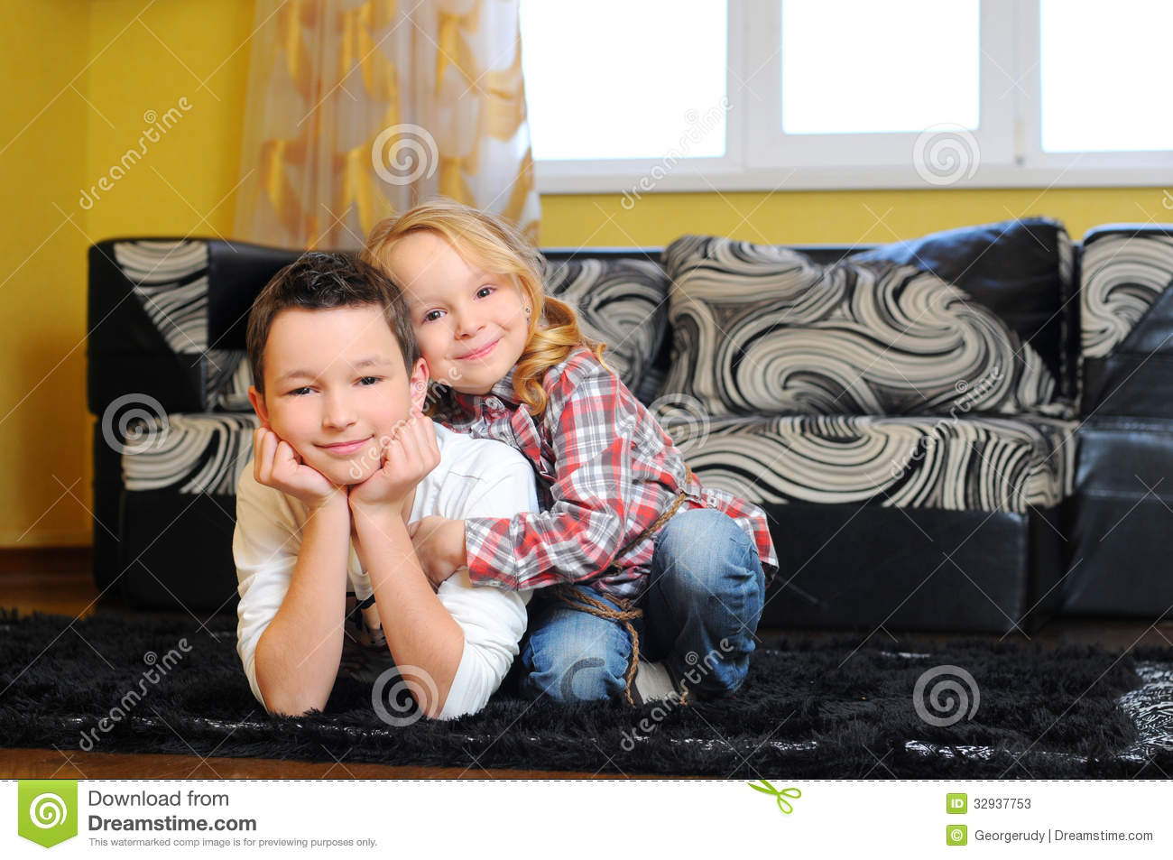 Brother And Sister Stock Image Image Of Girl Eating 32937753