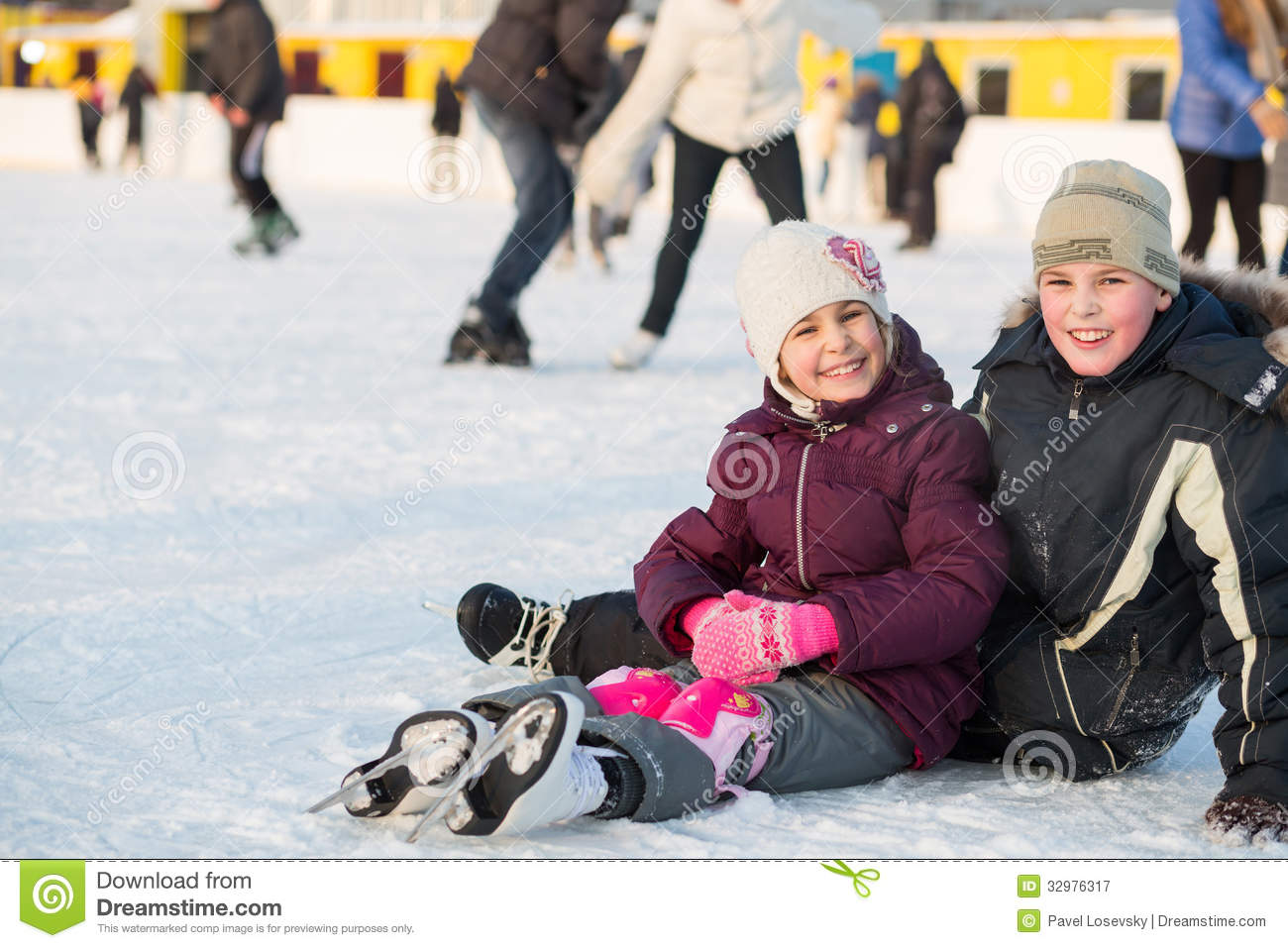 Brother and sister together fell while skating
