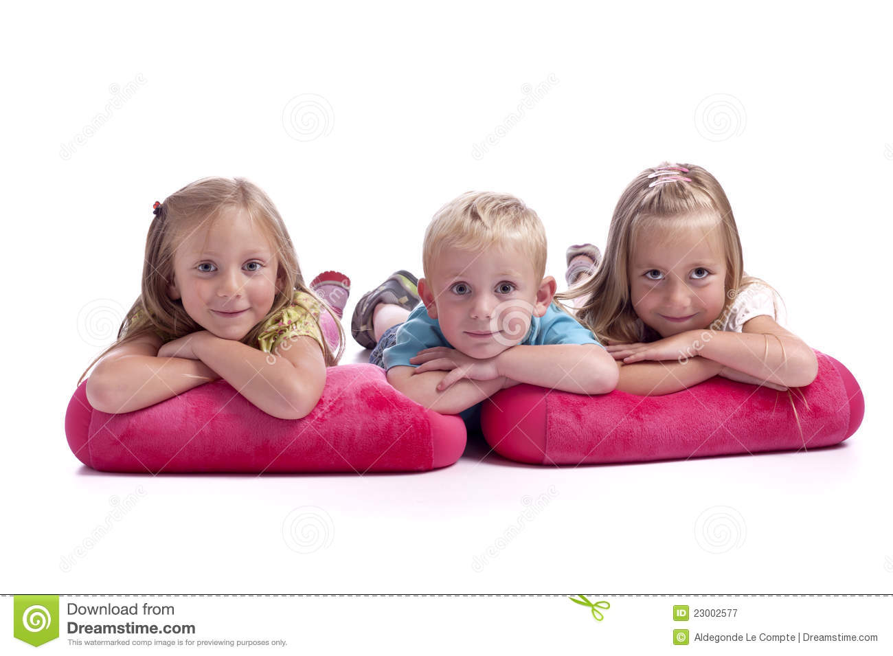 brother and sisters royalty free stock photography image 23002577. Black Bedroom Furniture Sets. Home Design Ideas