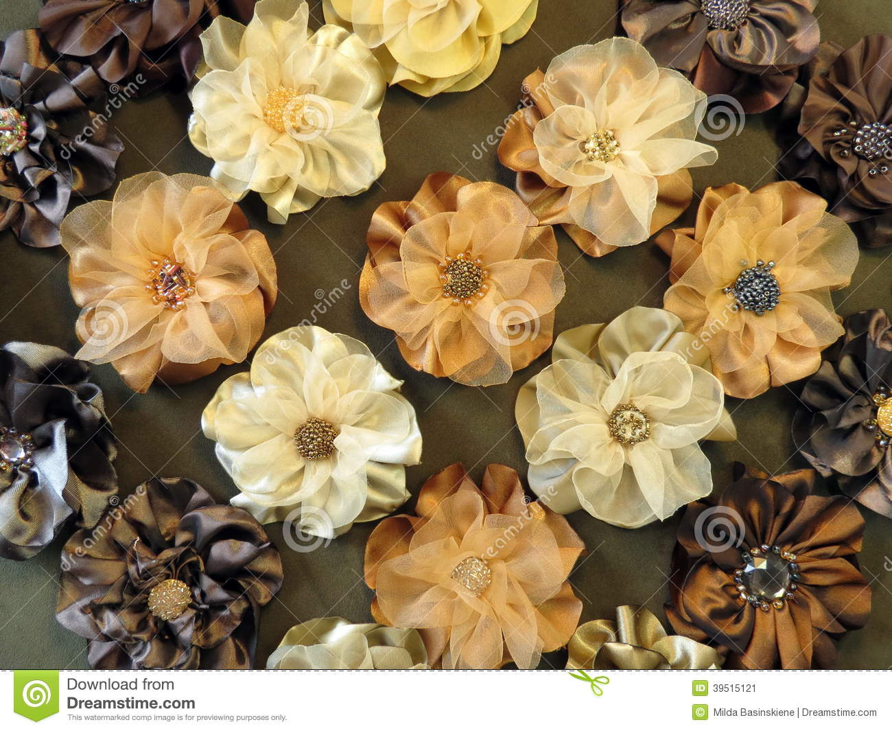 Brown artificial flowers