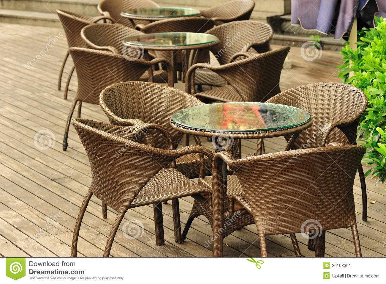 Modern cafe chairs and tables - Brown Cafe Chairs