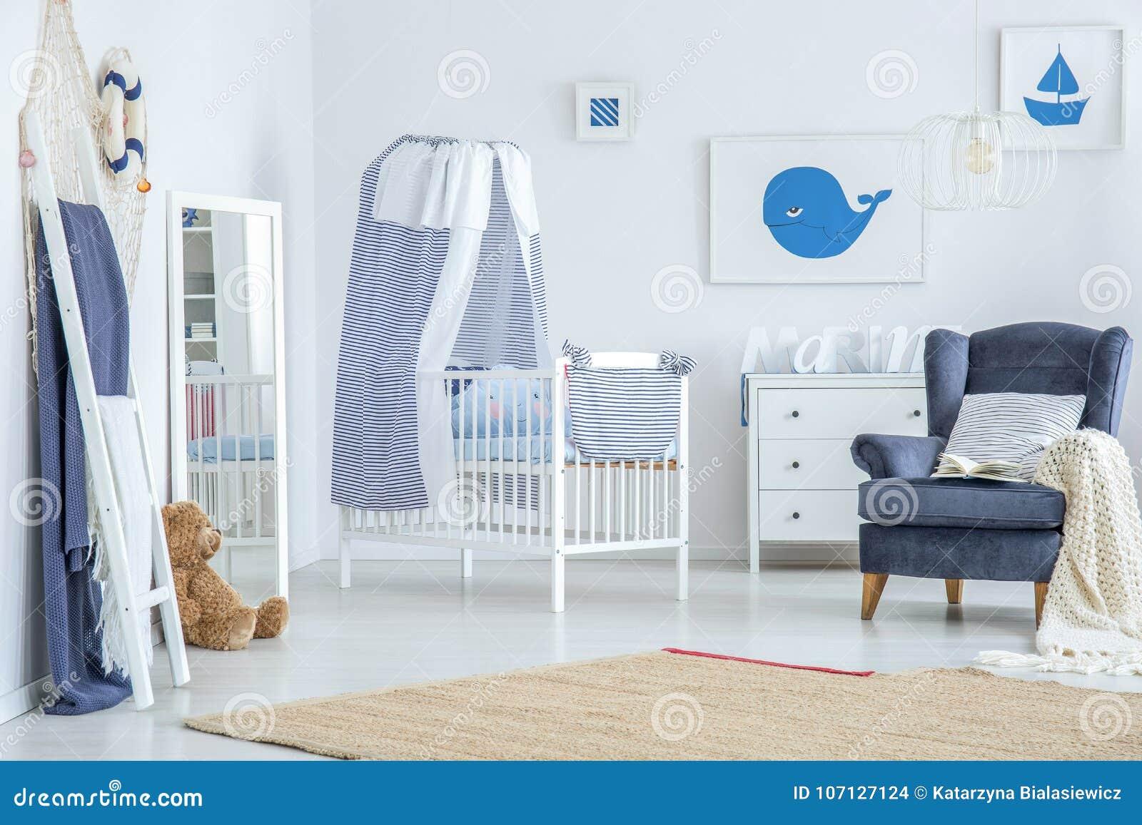 Brown carpet in baby`s room