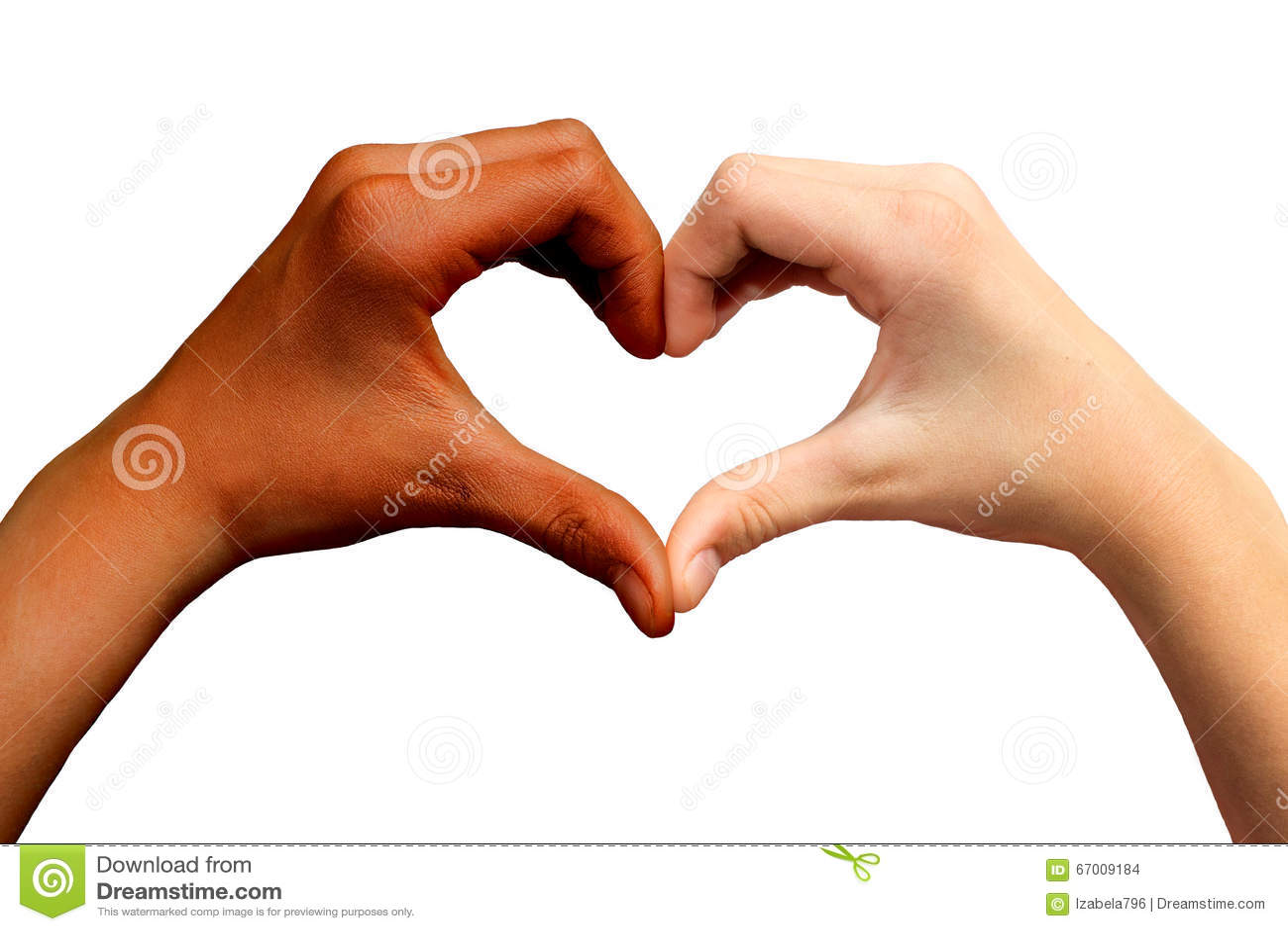Brown e mani bianche nella forma del cuore