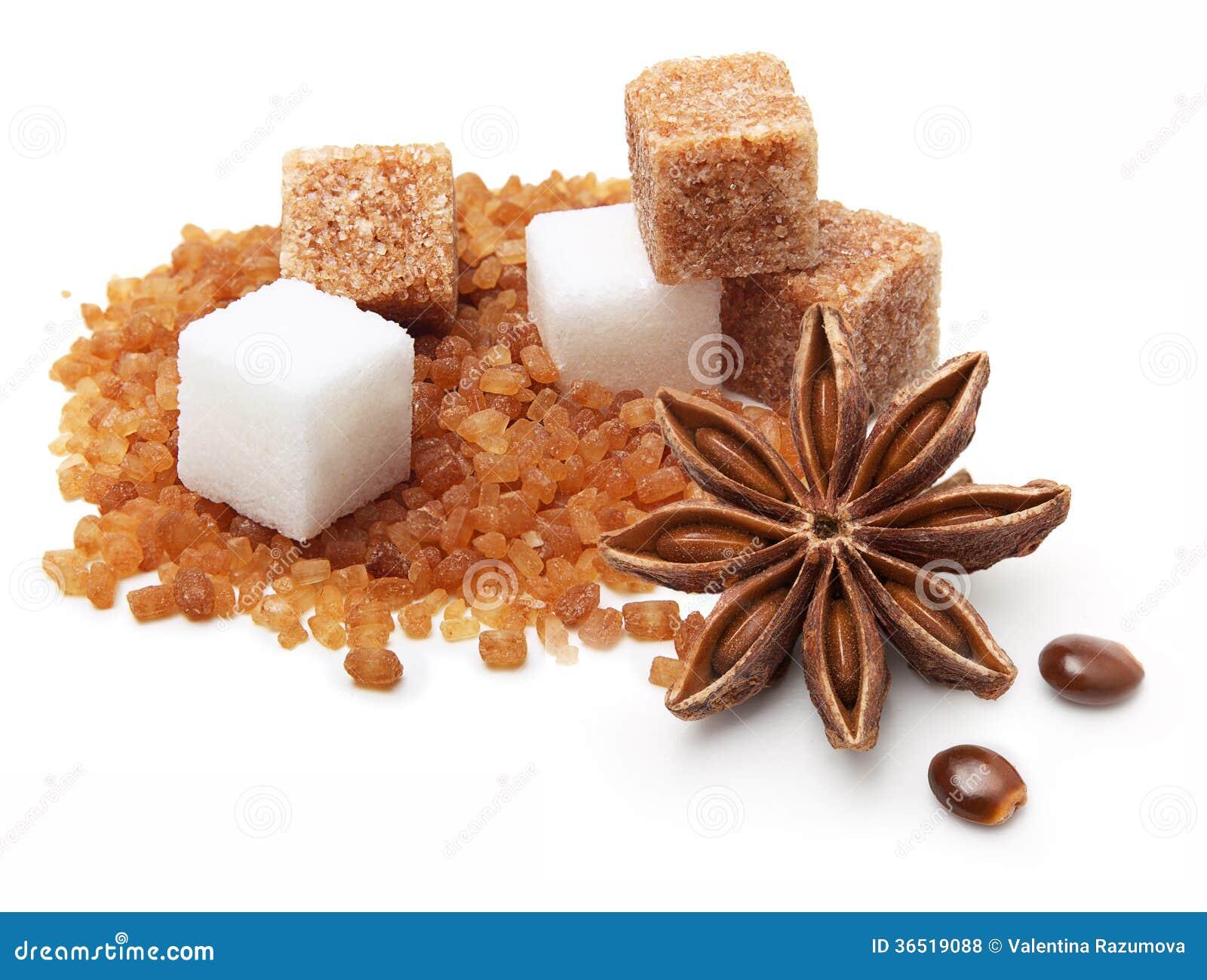Brown et cubes blancs en sucre de canne