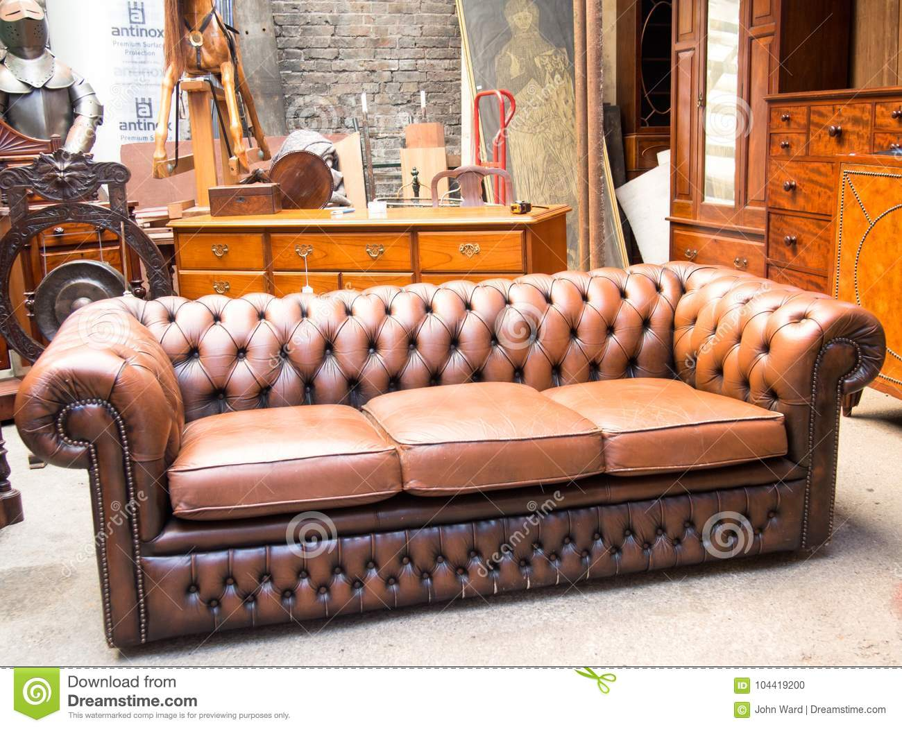 Picture of: 1 082 Chesterfield Sofa Photos Free Royalty Free Stock Photos From Dreamstime