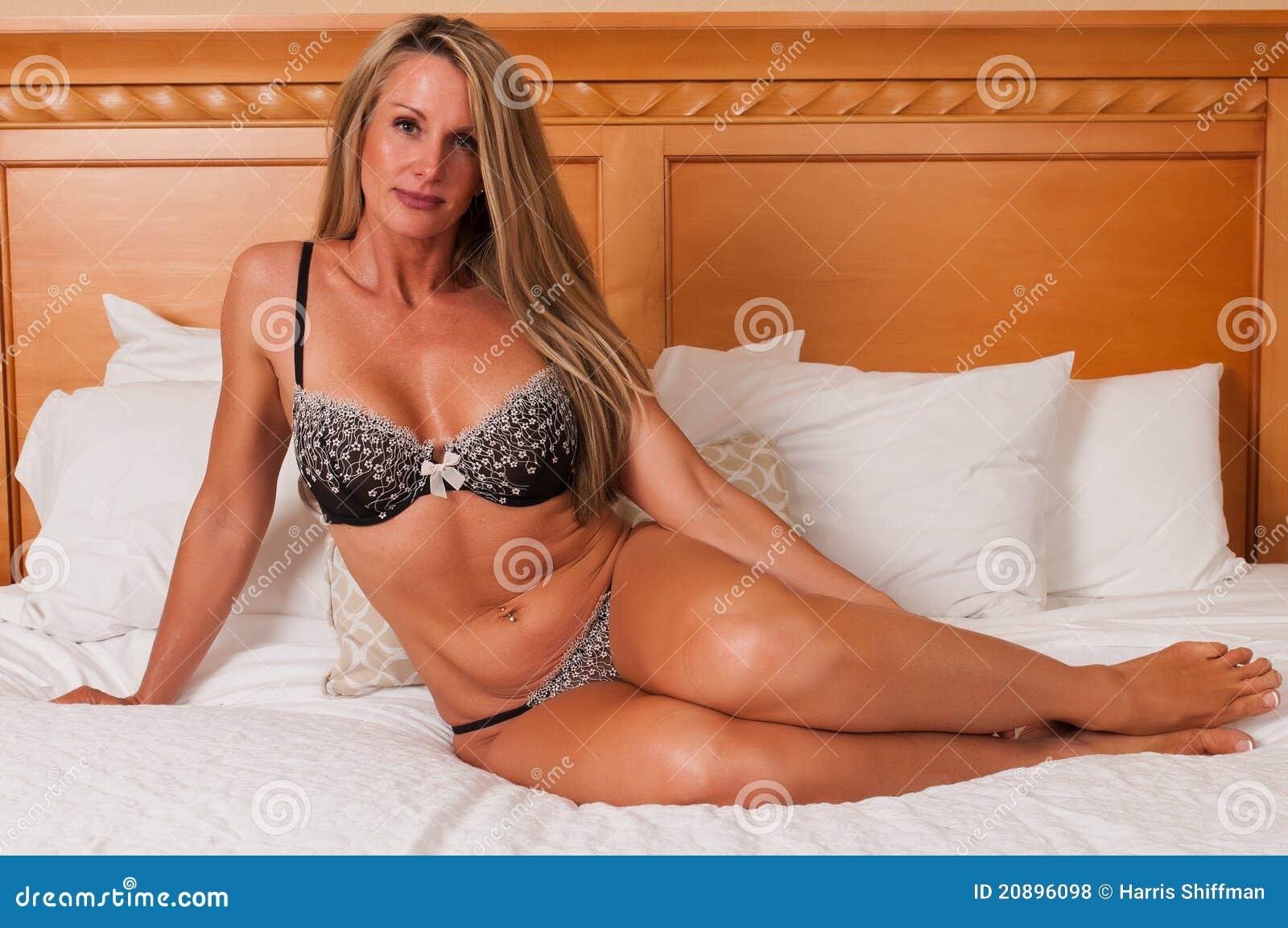 Фото зрелой блондинке 6 фотография