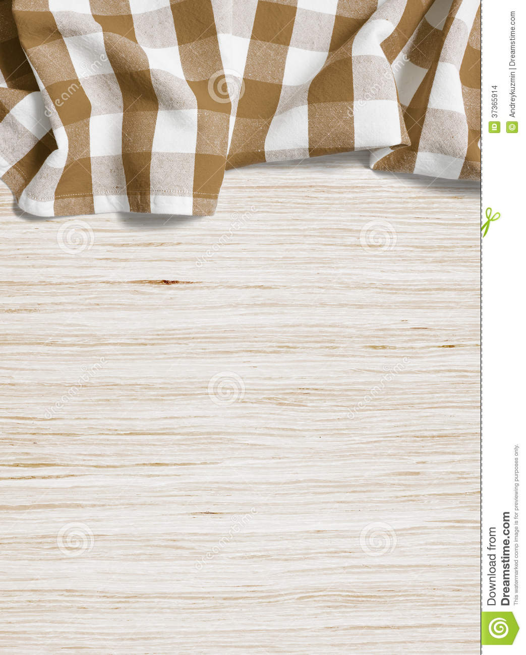 Nappe Table Bois : Brown a pli? la nappe au-dessus de la table en bois blanchie par