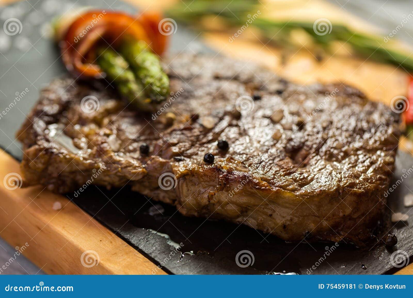 Brown-Steak an Bord