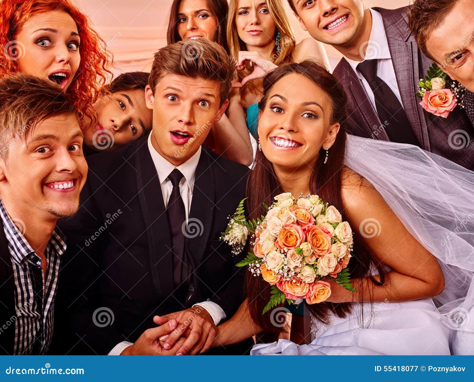 Brud och brudgum i photobooth