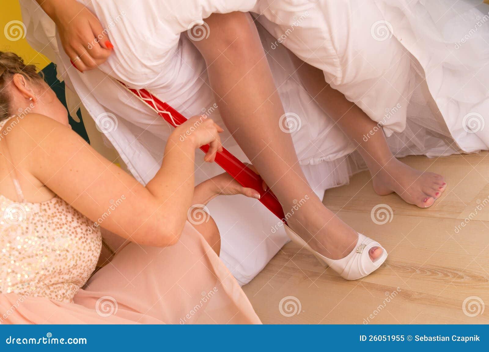 Bruden satte på skor